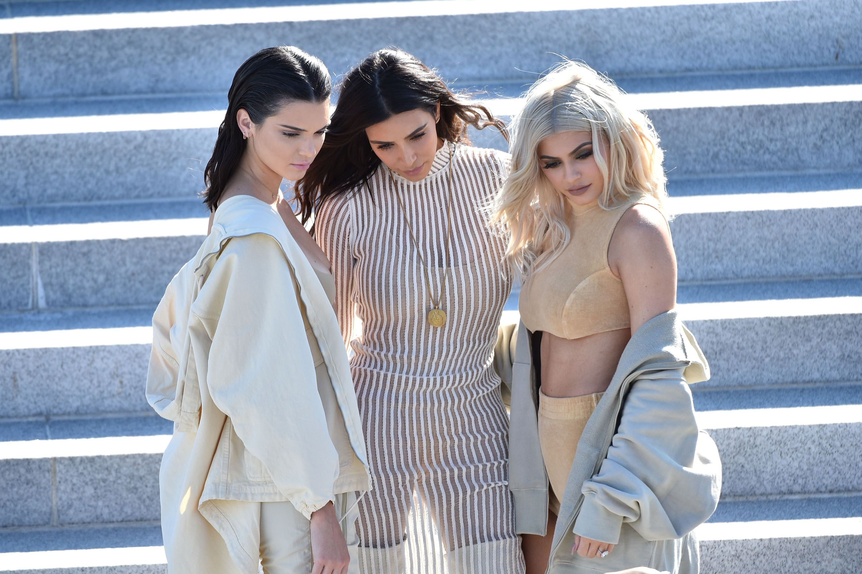 Kylie Jenner, Kim Kardashian, and KUWTK sisters' six best braless Instagram pics: Who's sexiest?