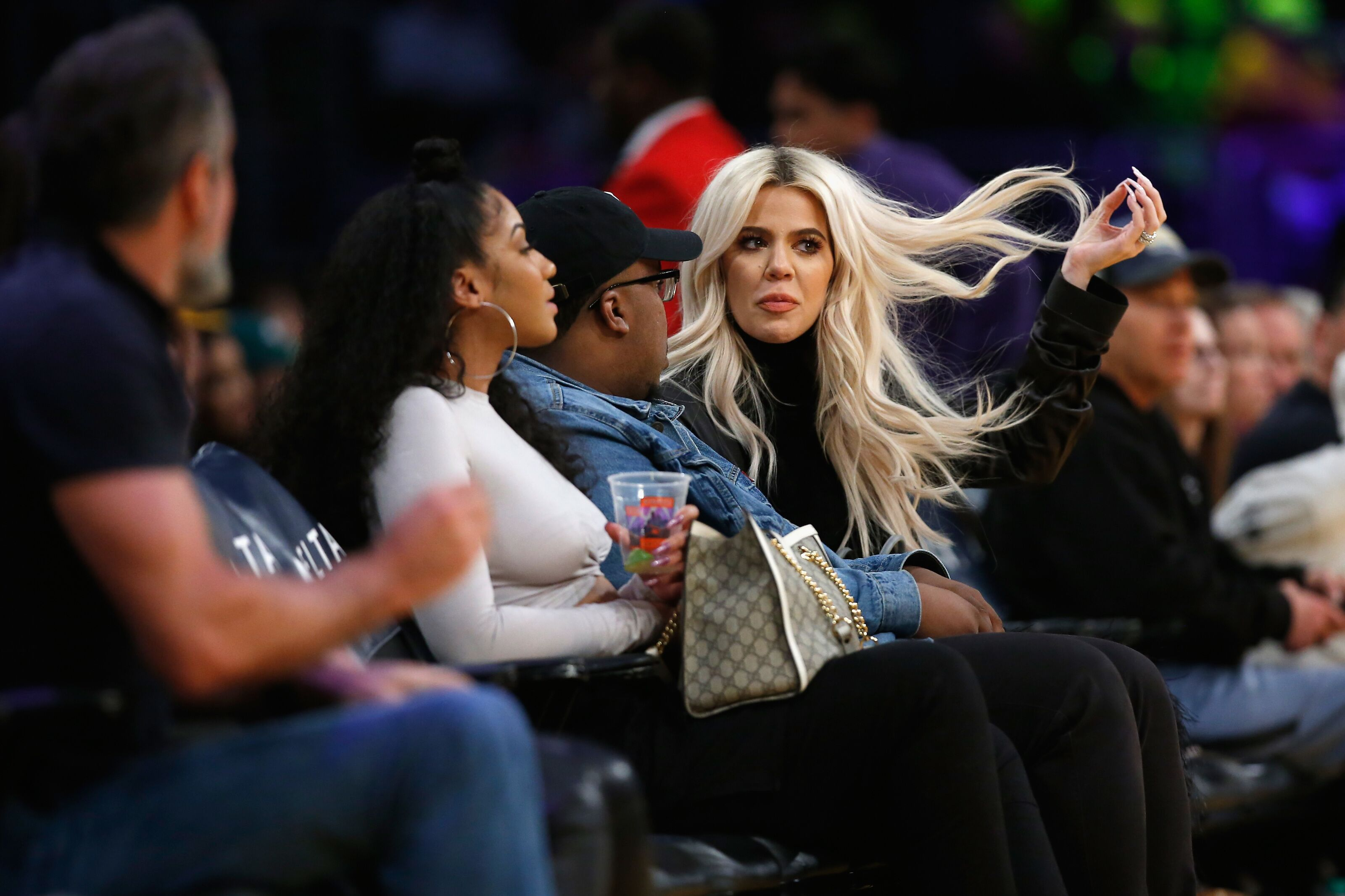 b43d53c6b62385 Khloe Kardashian holds Instagram contest: Win 10 luxury bags