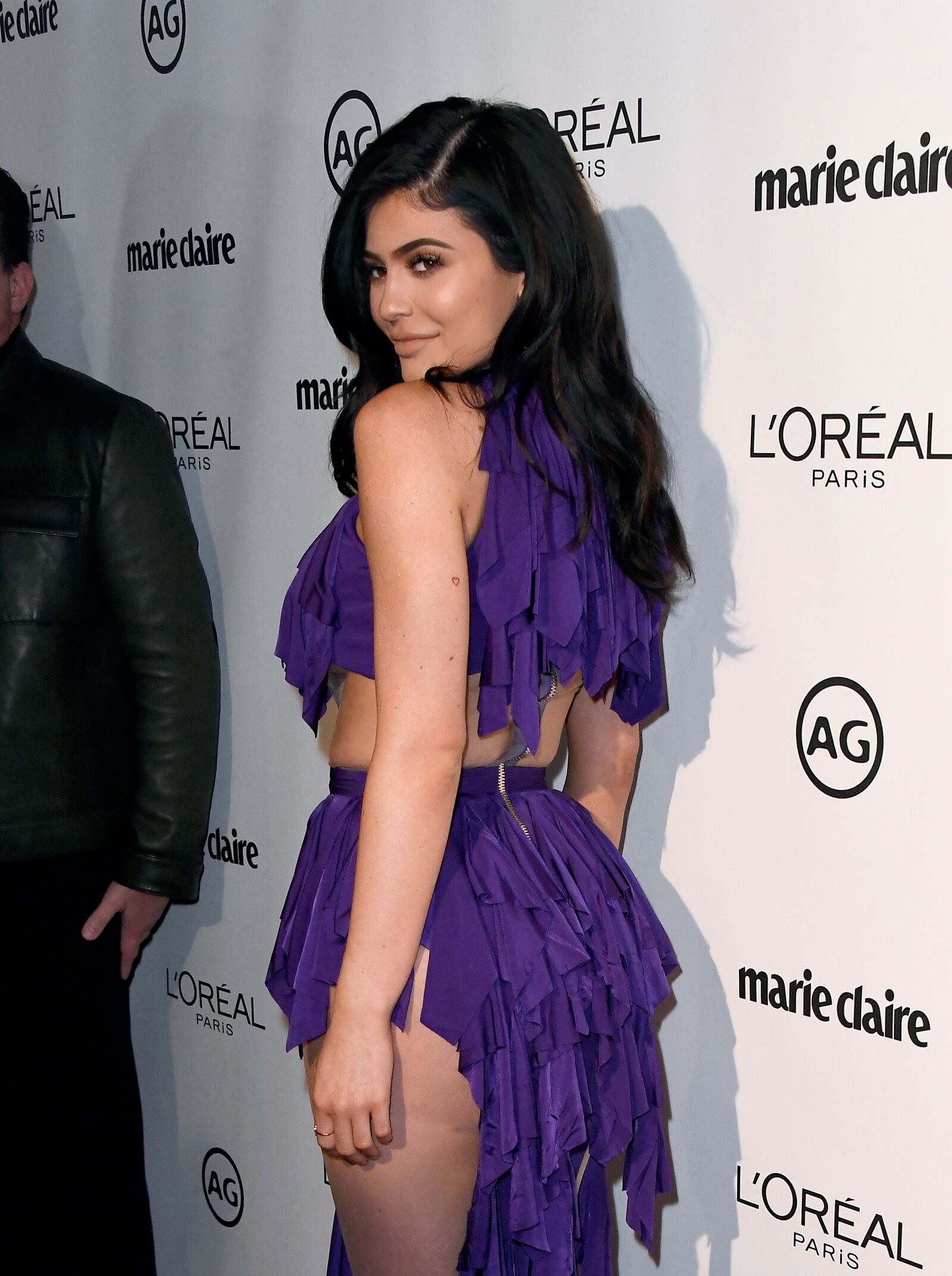 Kylie Jenner stuns Instagram with sweeping hair and short dress, modern day Repunzel?