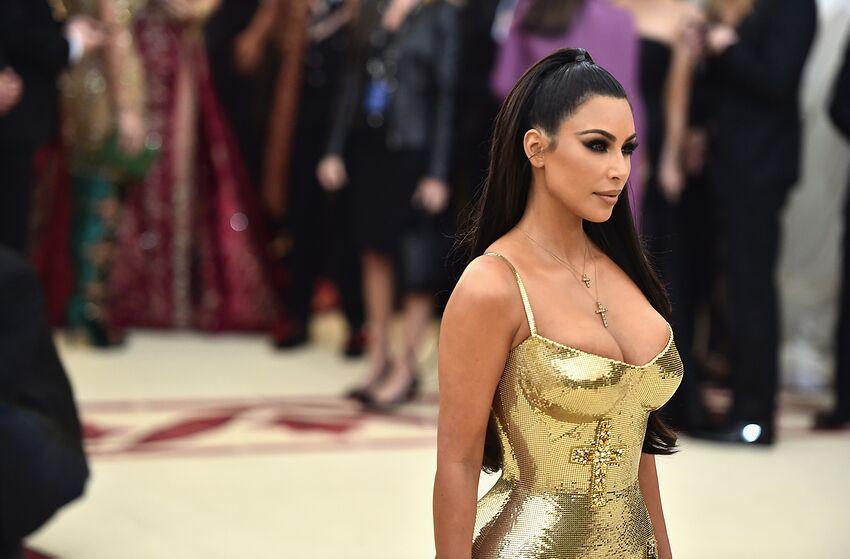 Kim Kardashian Instagram takes sexy to new level posing in