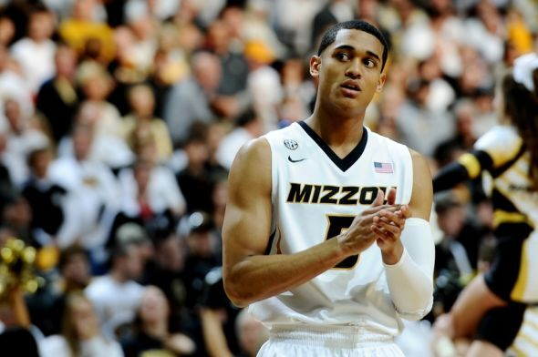 Jordan Clarkson Will Continue To Wear The Color Gold Proudly In NBA