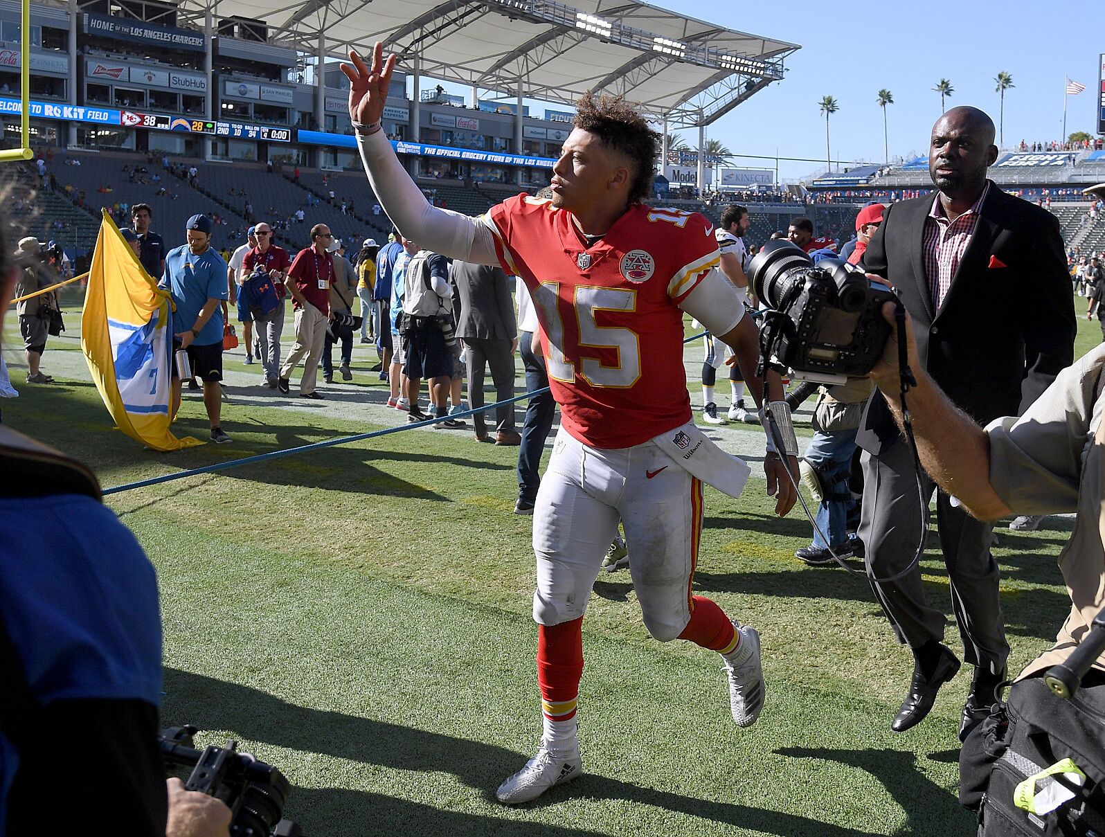 brand new fea70 7c5aa Kansas City Chiefs: Three reasons Chiefs will beat Steelers ...