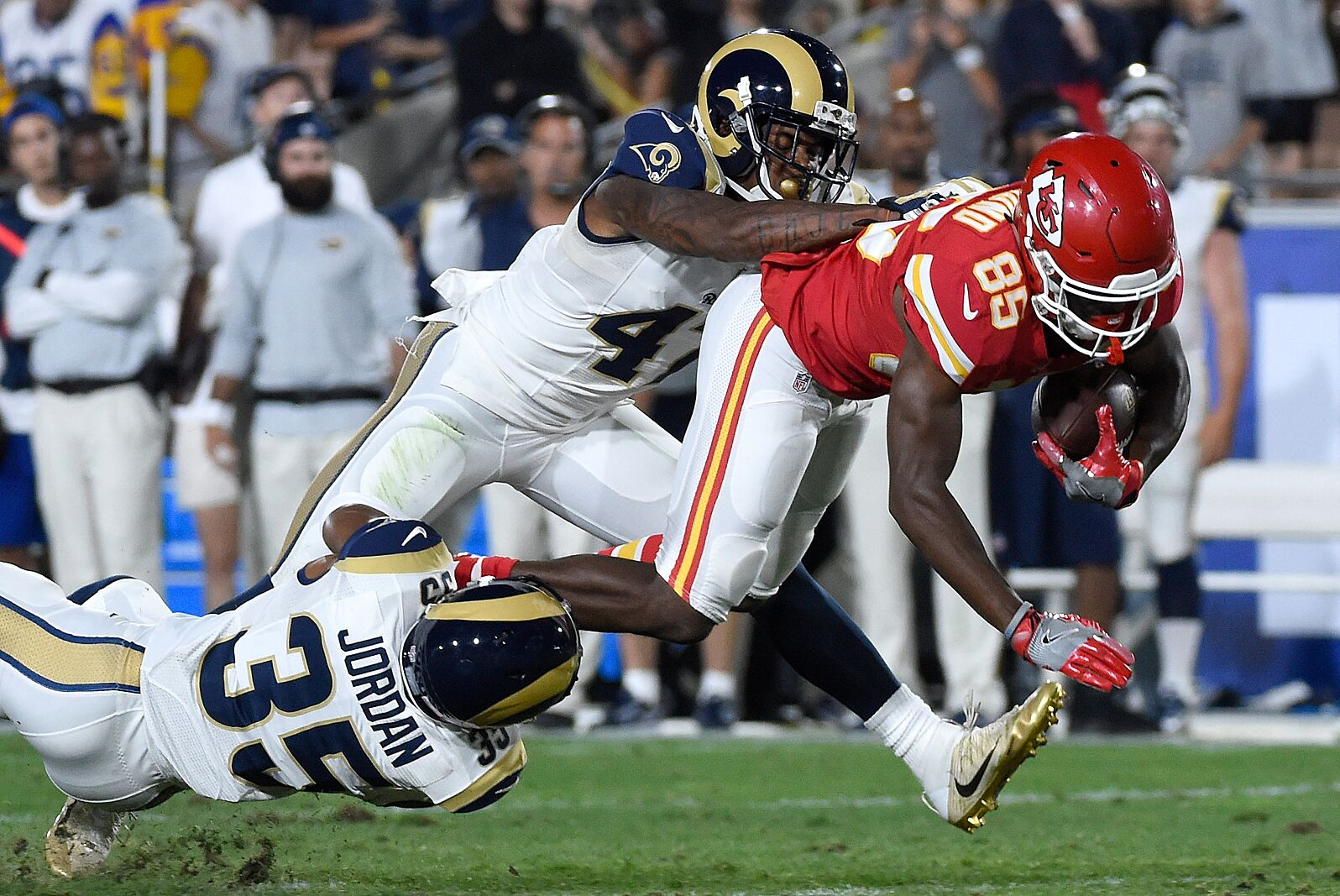 72926e50e28 The Kansas City Chiefs and the Los Angeles Rams meet up on Monday night in  one of the most anticipated match-ups in recent memory.