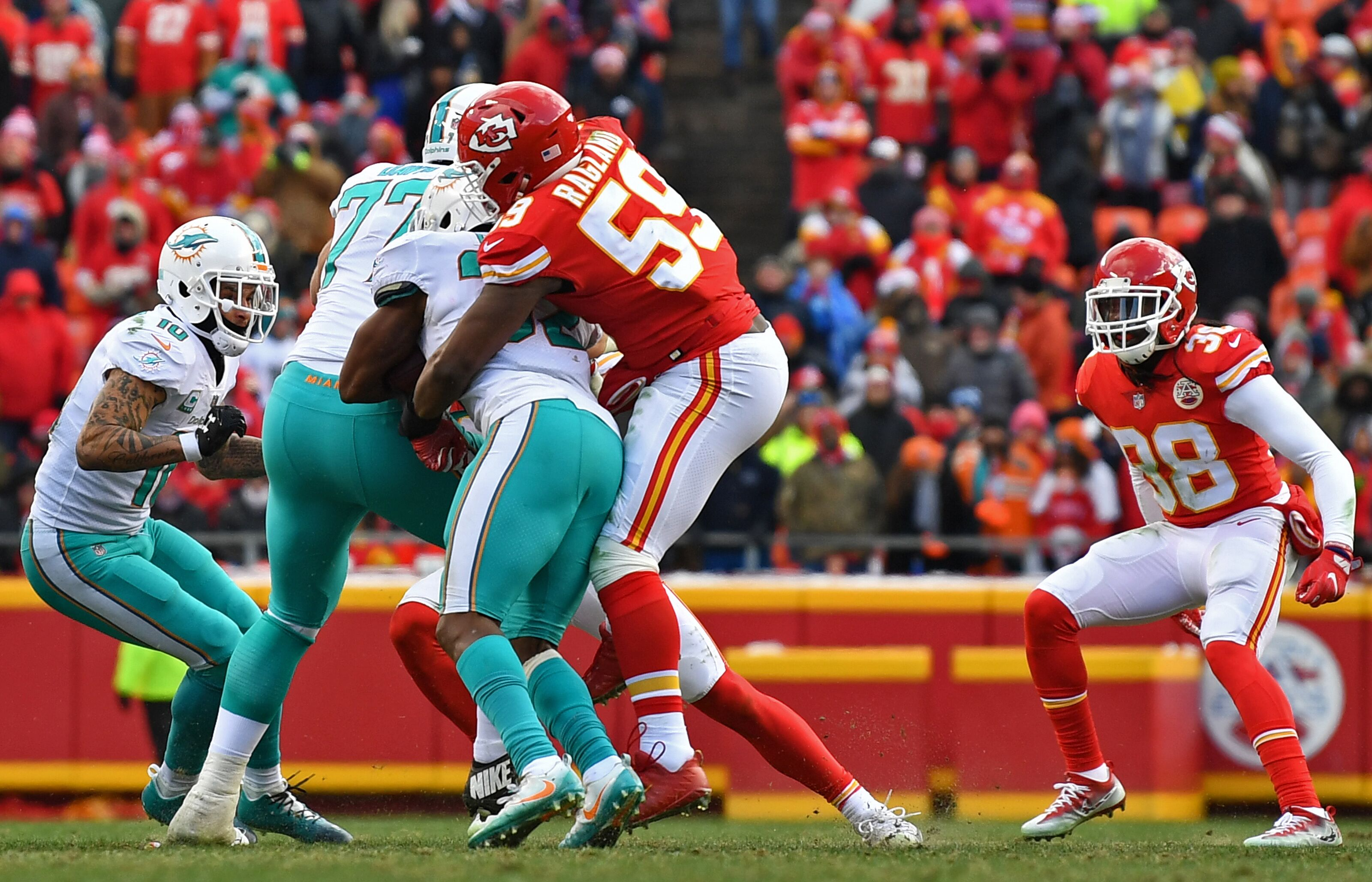 899043776-miami-dolphins-v-kansas-city-chiefs.jpg
