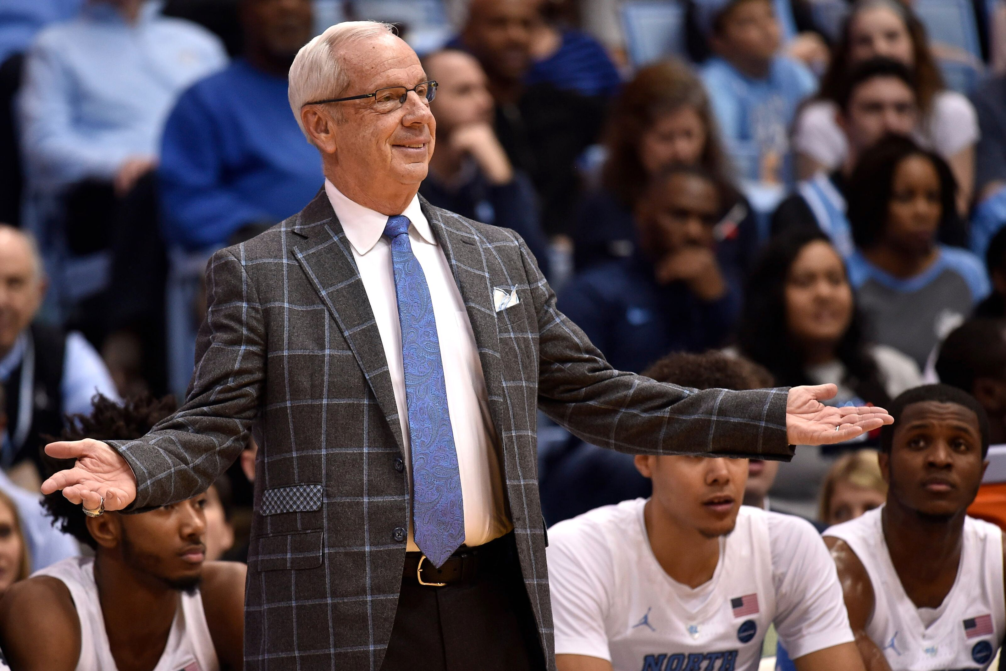 UNC Basketball: Tar Heels offer scholarship to 2021 five-star forward