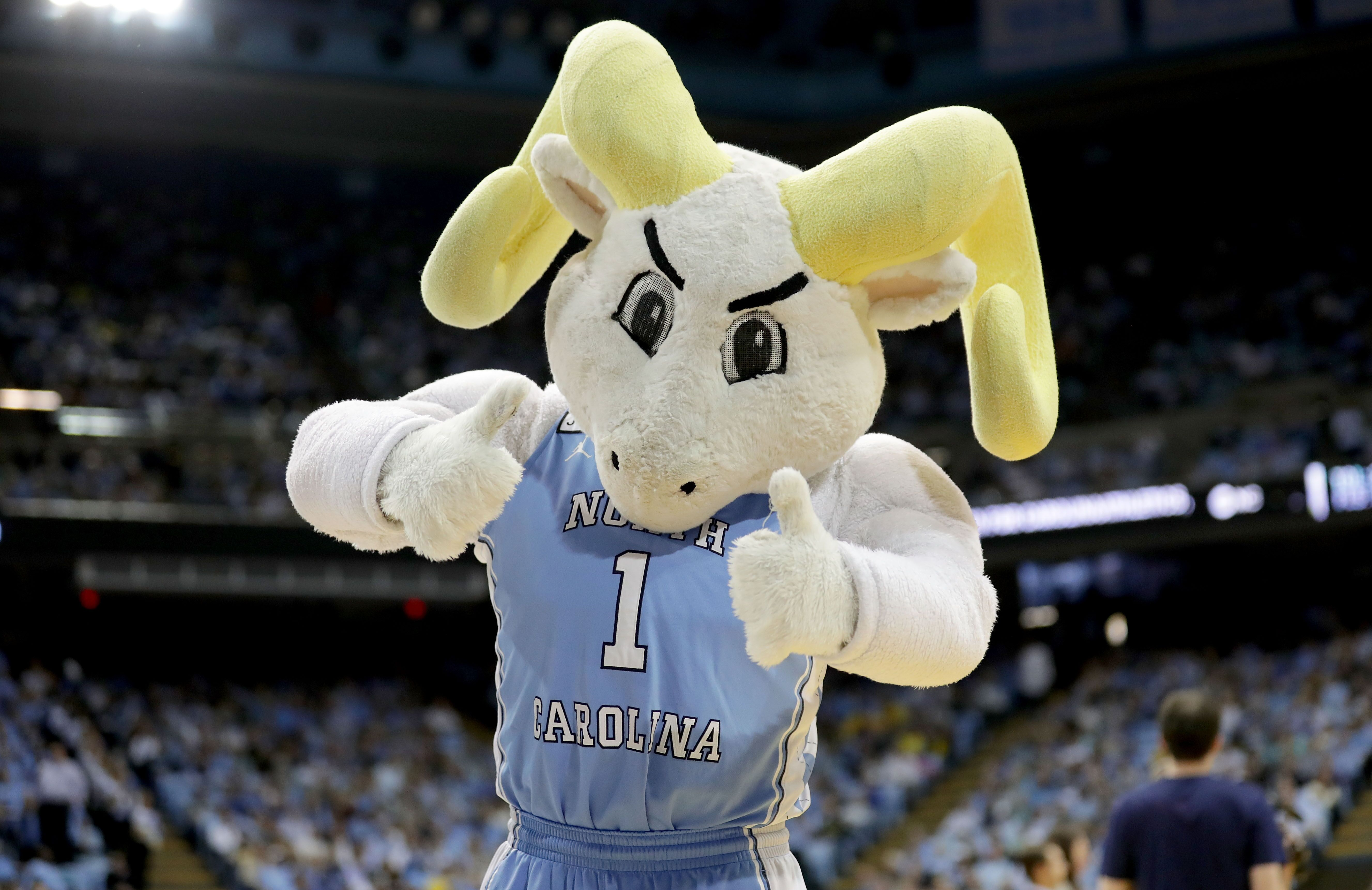 UNC Basketball: Tar Heels' target plans to trim list to 5