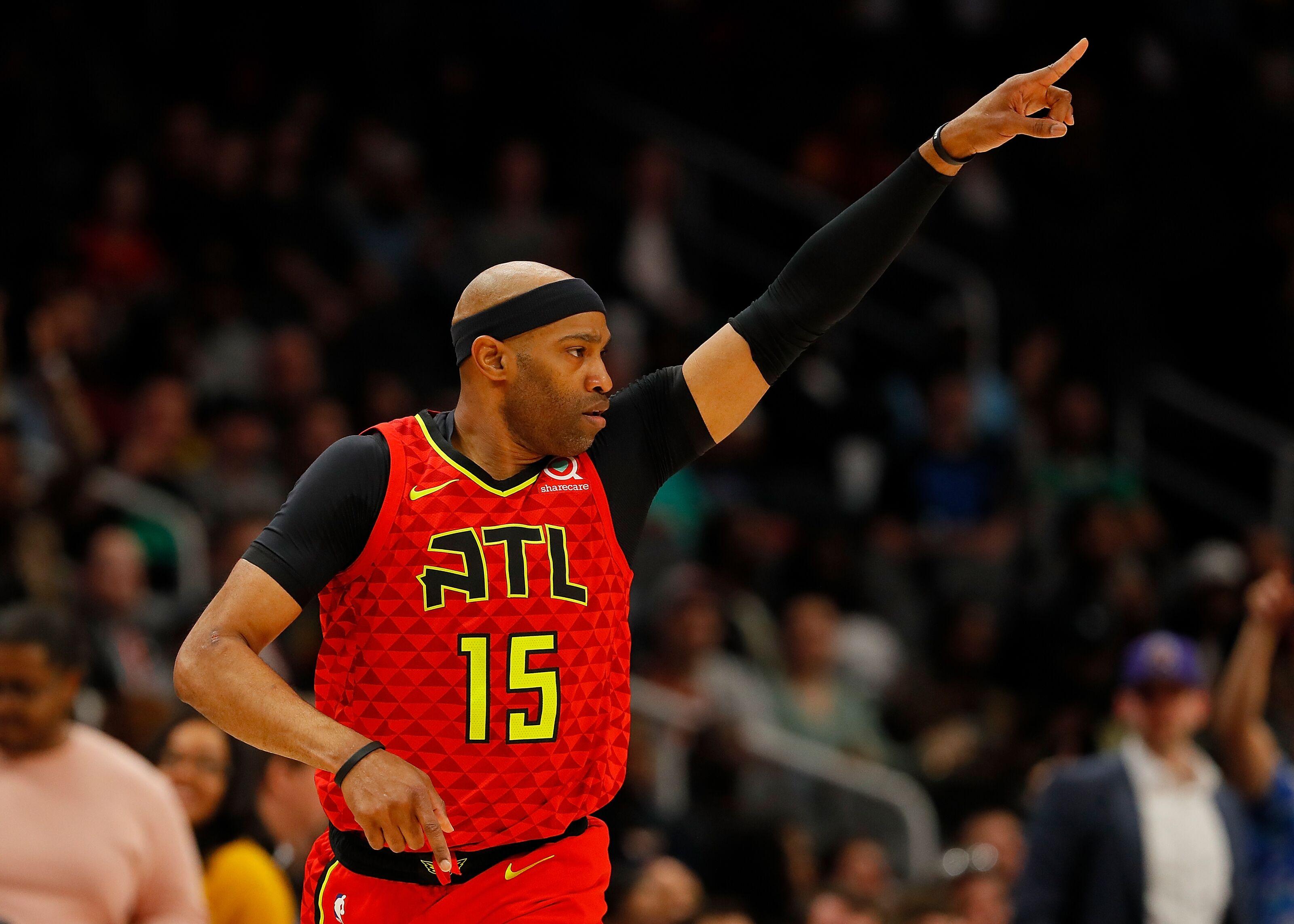 UNC Basketball: Vince Carter climbs all-time scoring list