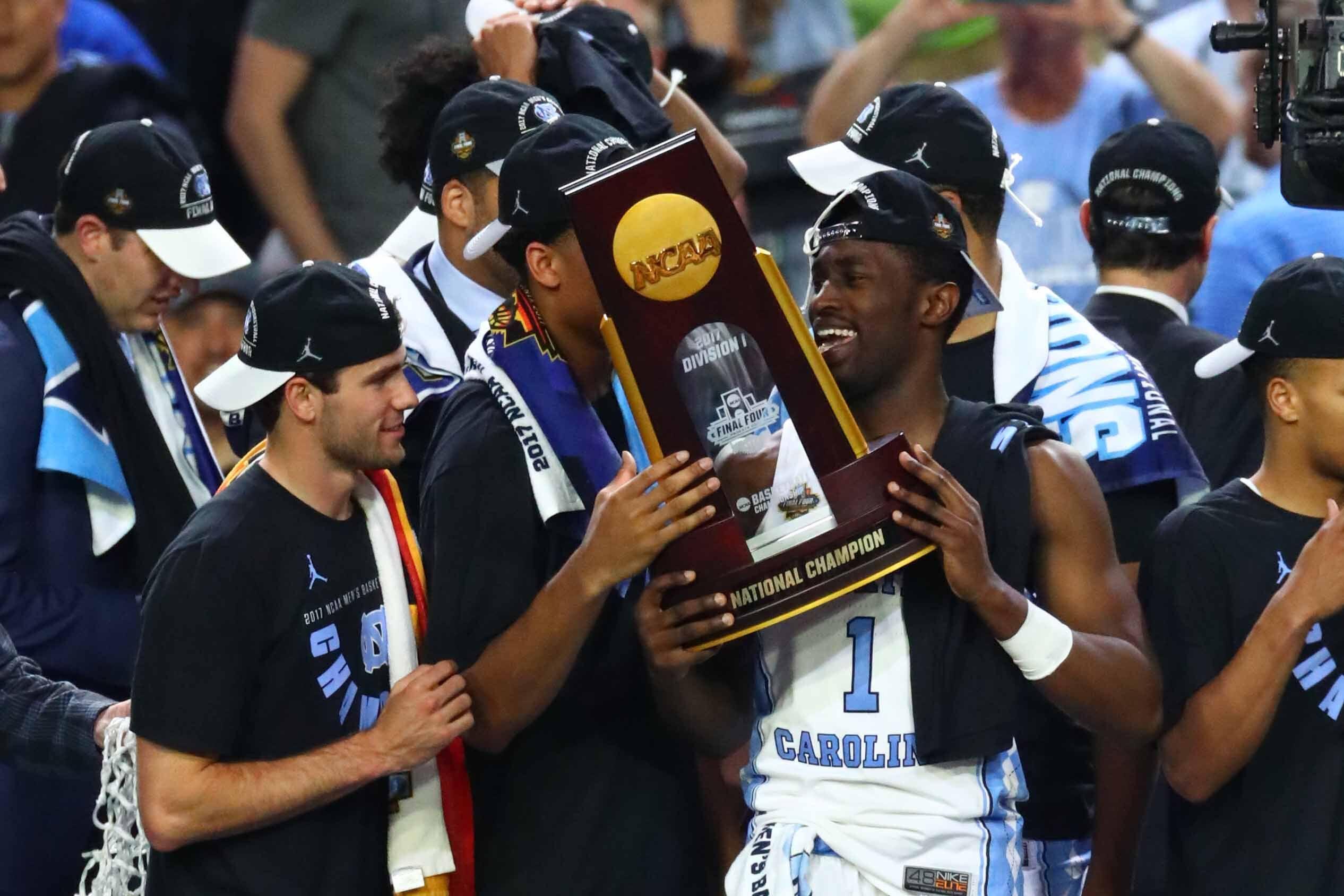 Highlights from the national championship gonzaga vs north carolina - Unc Basketball Fans Rush Franklin Street After National Championship Game