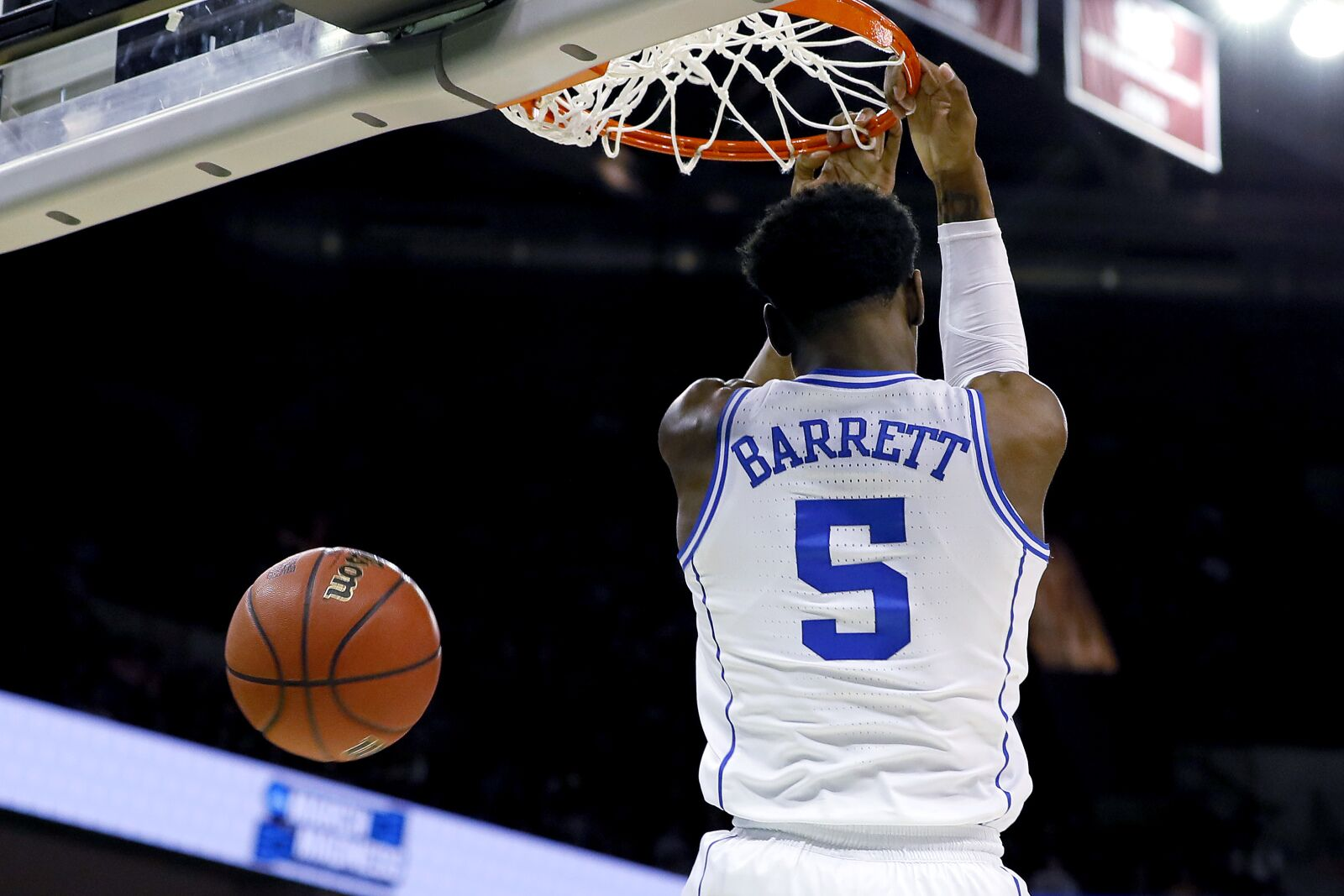 Cavaliers  NCAA Tournament will separate R.J. Barrett and Ja Morant f49513f36
