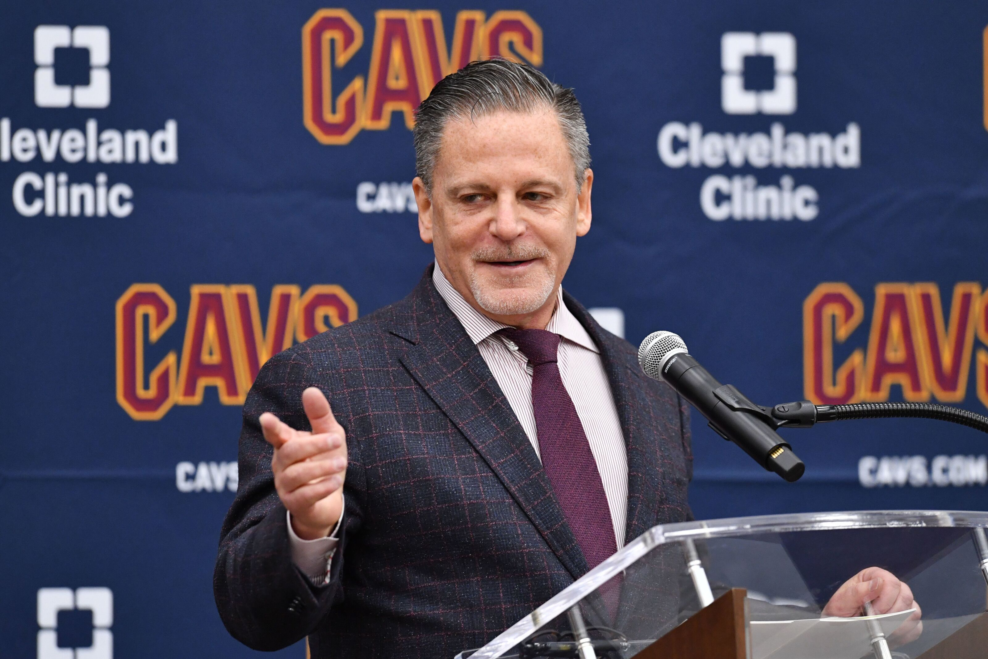 Cavs reportedly seeing Dan Gilbert over the weekend seemed to be huge for both