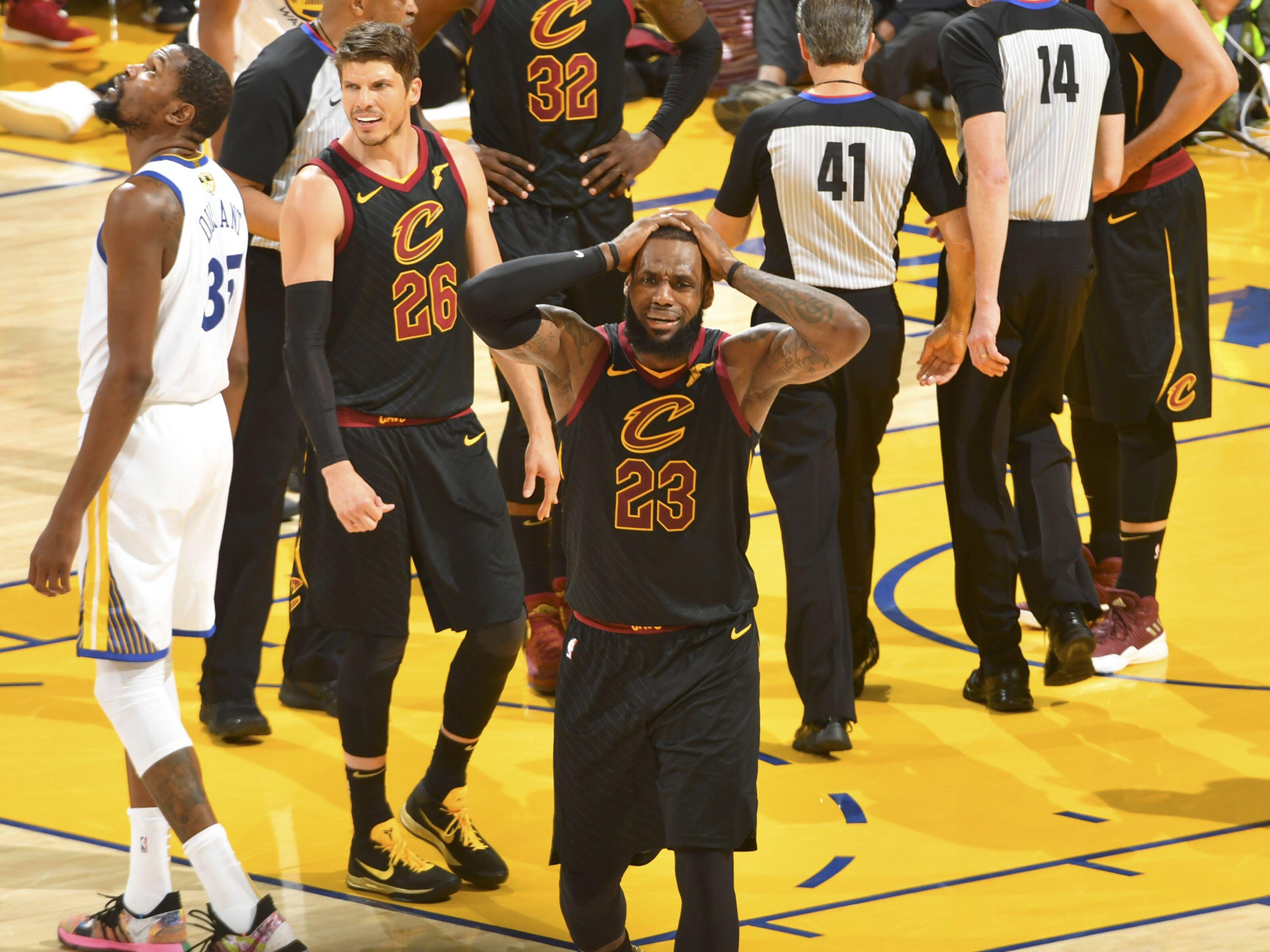 Jose Calderon's hitting on LeBron James' prior broken hand is reminder of 2018 NBA Finals' Game 1 ending