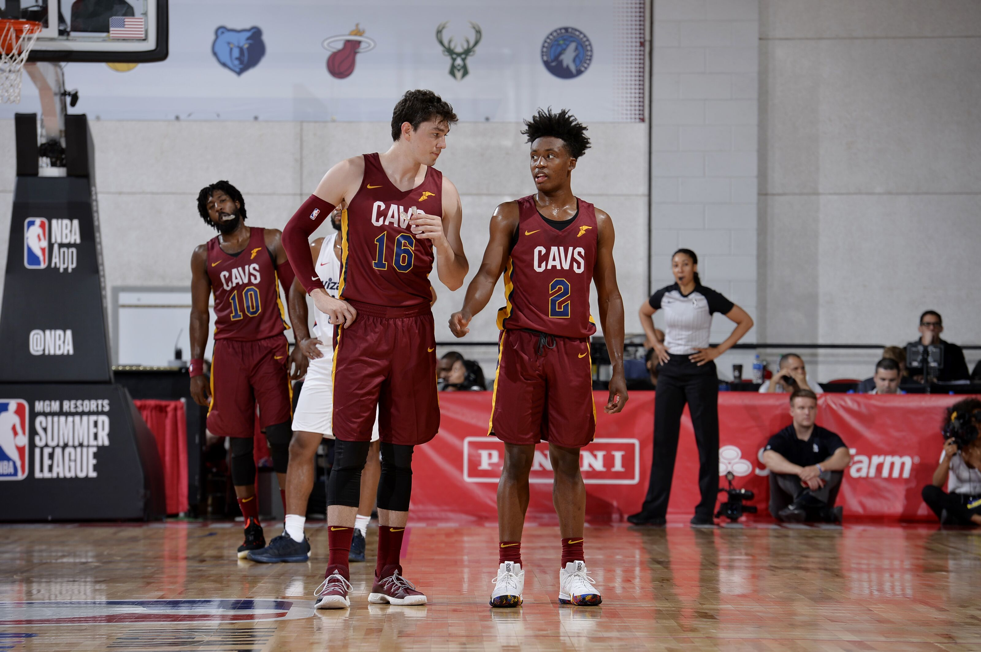 5d51804f429 Cleveland Cavaliers: Collin Sexton and Cedi Osman could be 'the' guy