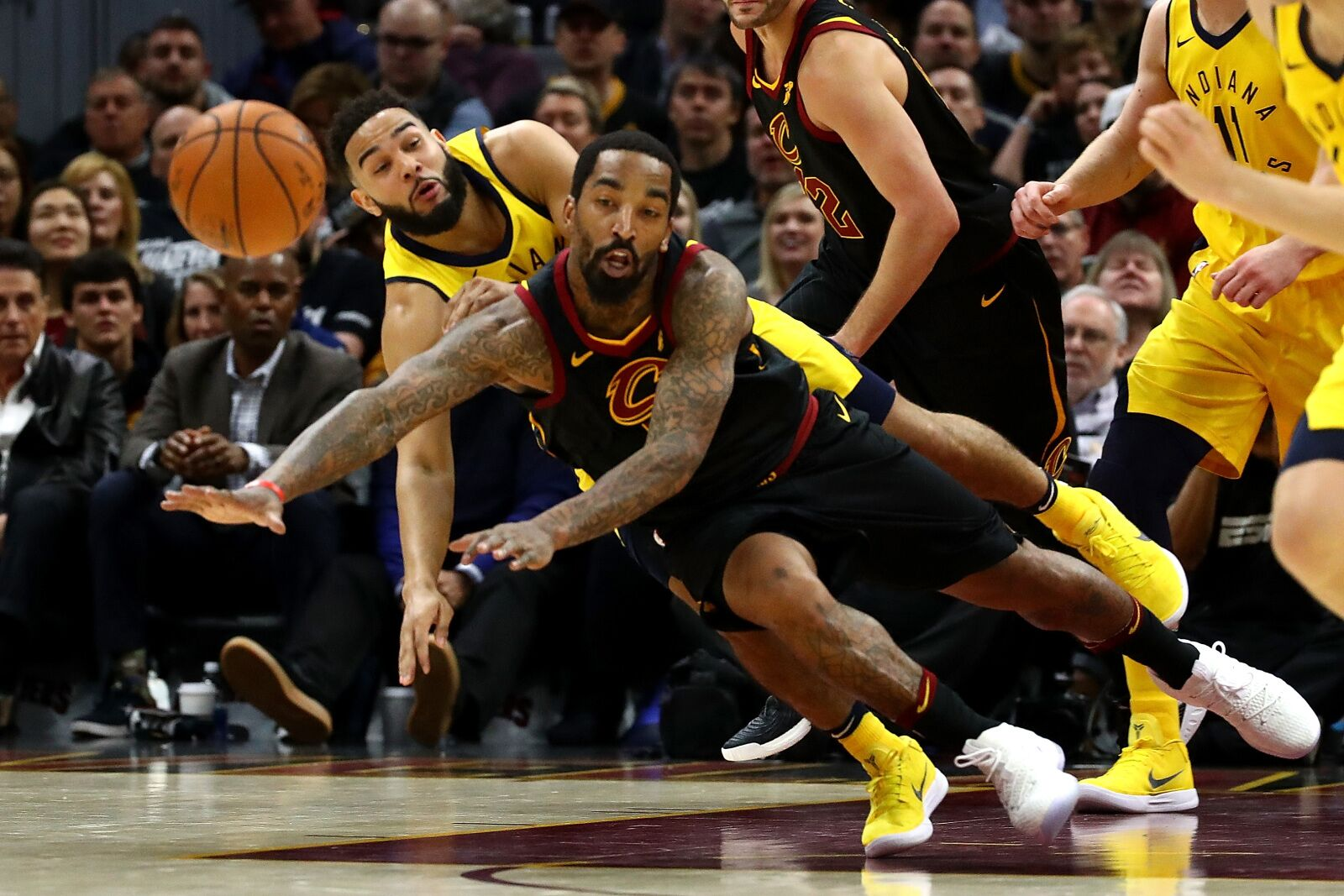 946645720-indiana-pacers-v-cleveland-cavaliers-game-one.jpg