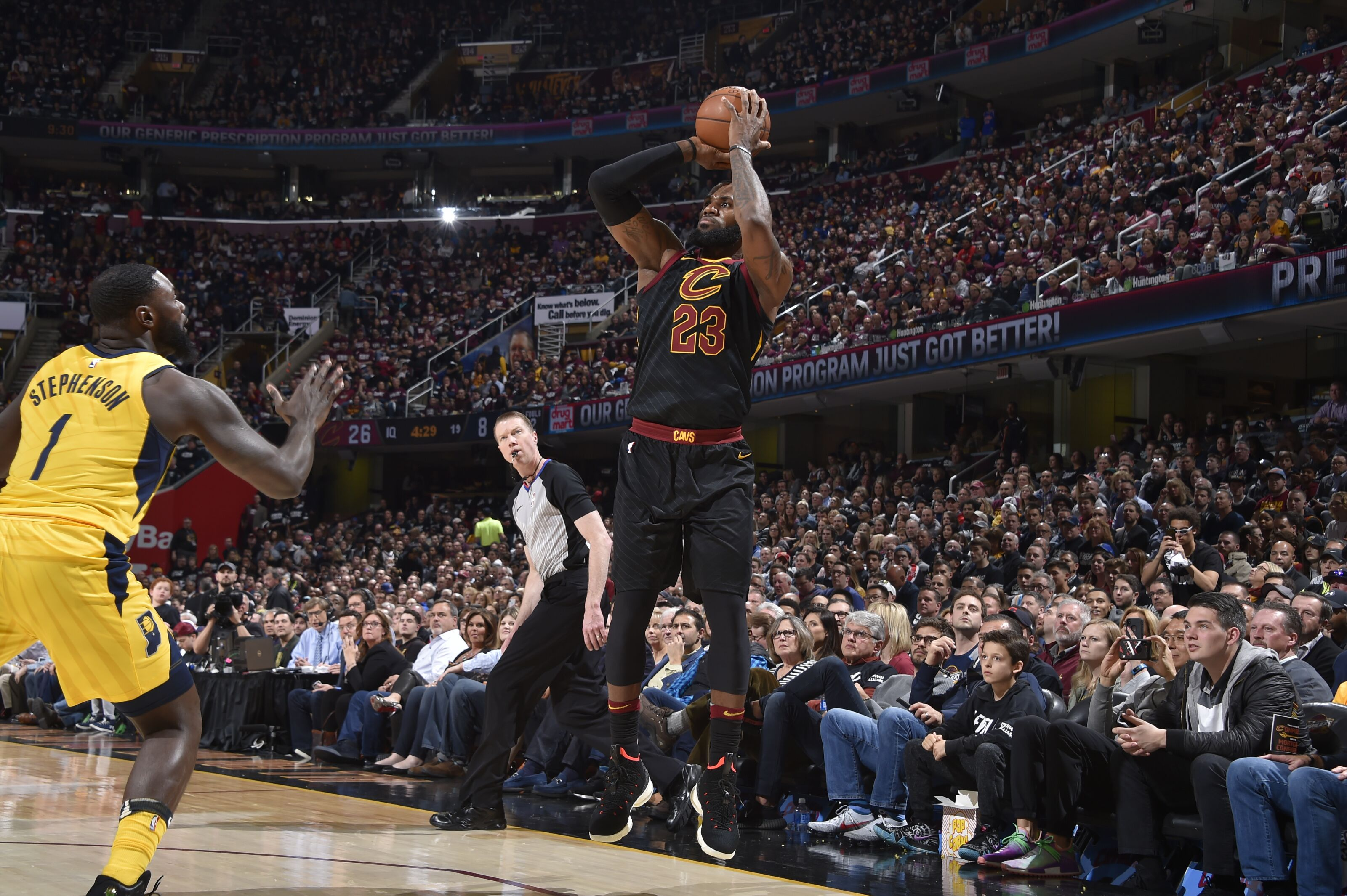948330758-indiana-pacers-v-cleveland-cavaliers-game-two.jpg
