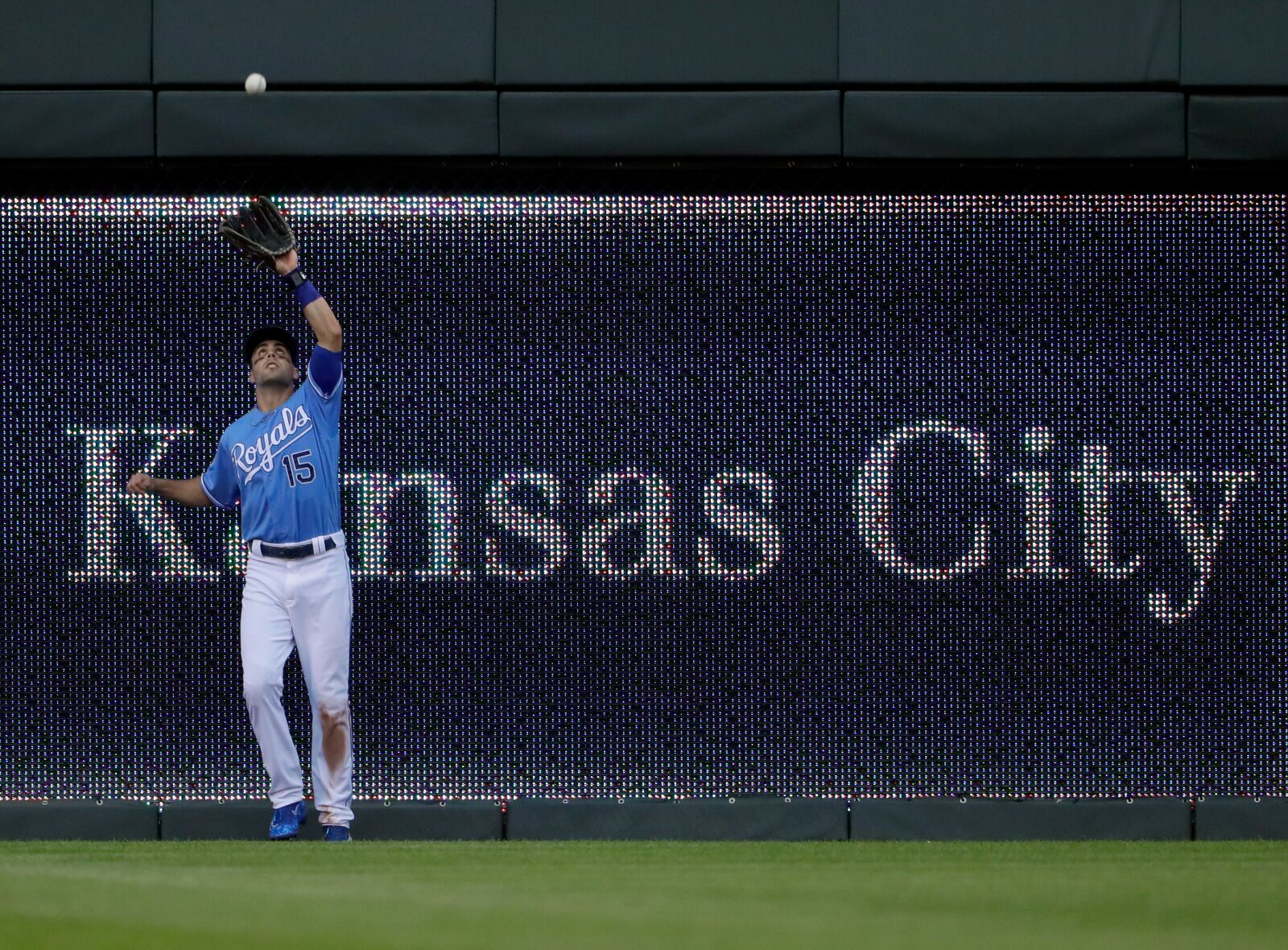 Kansas City Royals: Time for Whit Merrifield to settle into one position