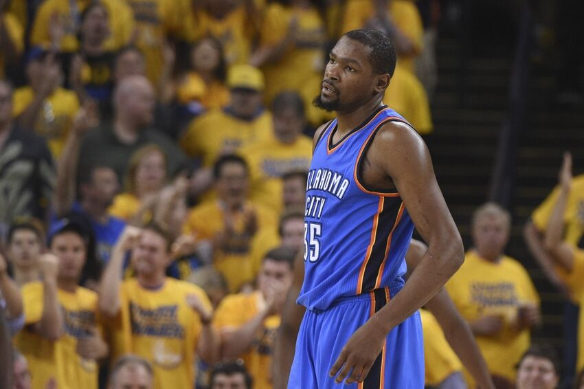 Lakers: Kevin Durant Not Ready to Talk About Free Agency Yet