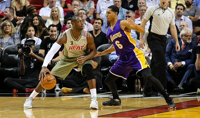 NBA Free Agency: Should Lakers Try to Sign Dwyane Wade?