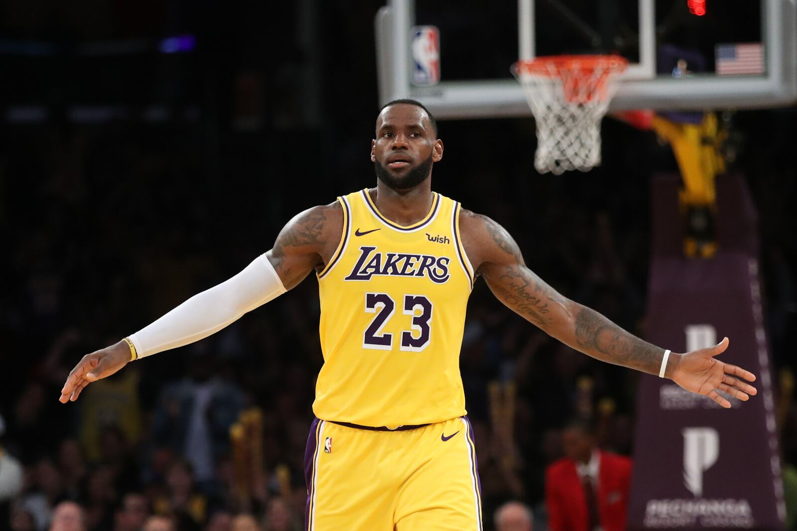 a0b97e59dd1a Los Angeles Lakers  The case for and against trading LeBron James