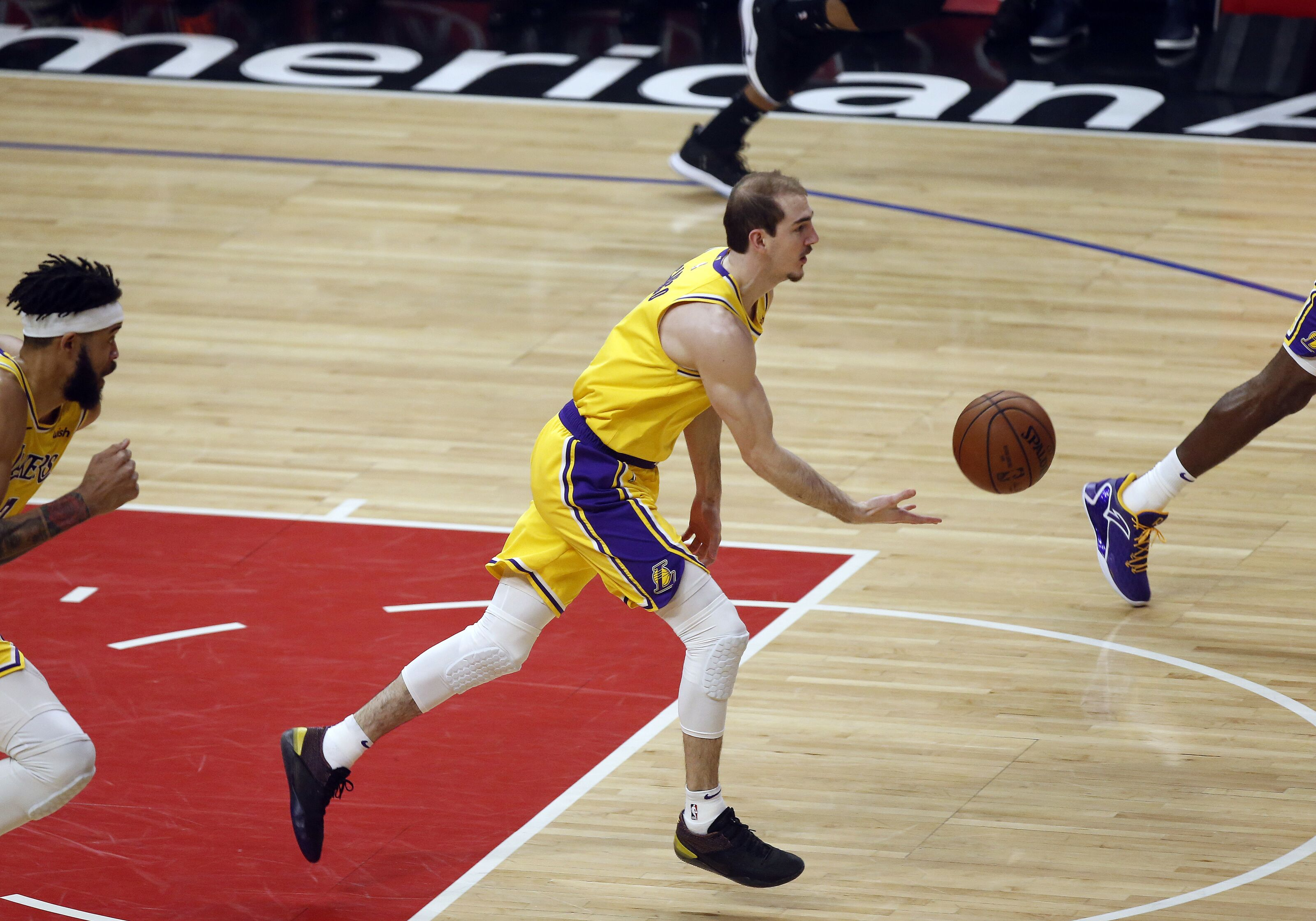 Los Angeles Lakers: Alex Caruso will be one of the biggest bargains