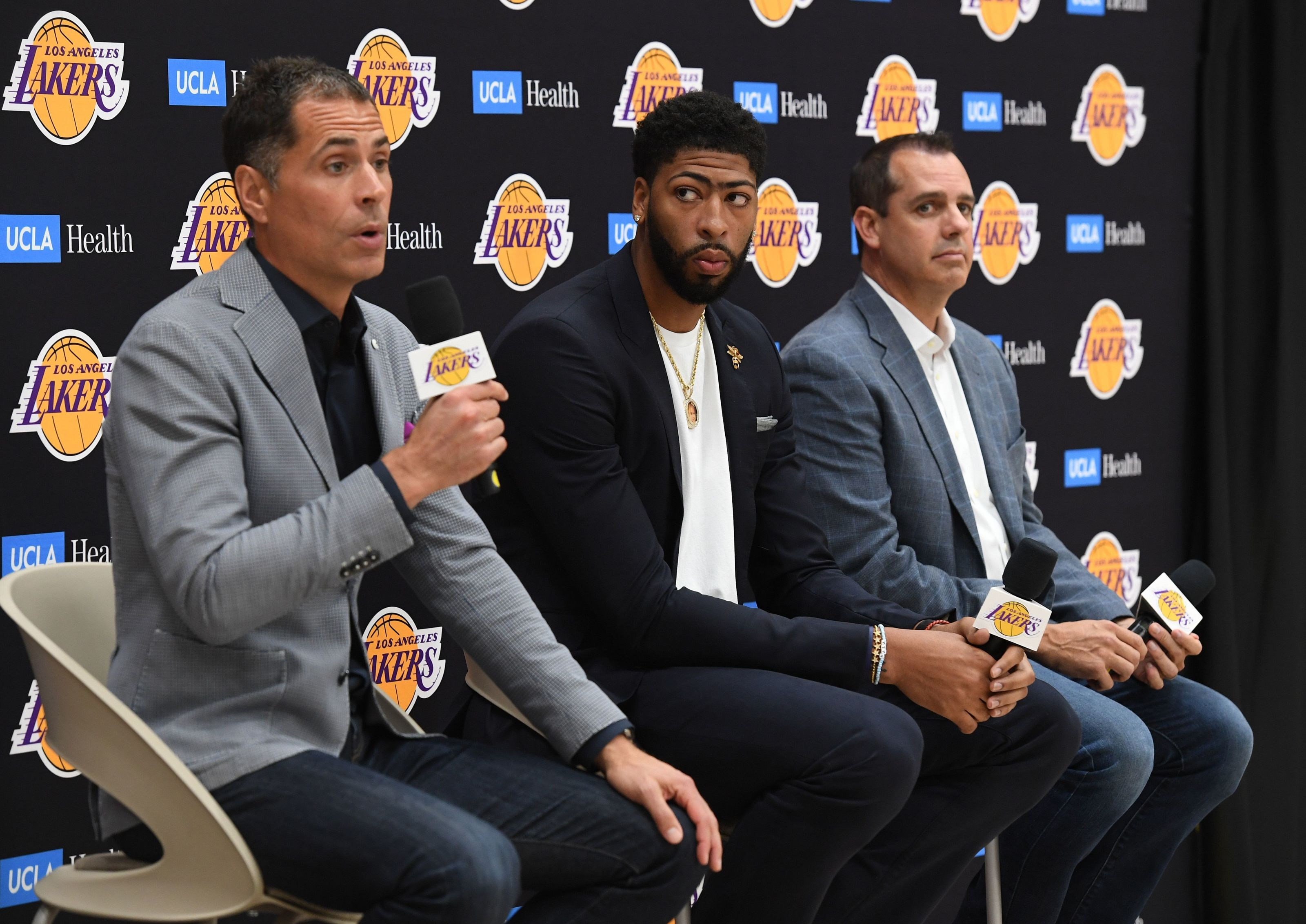 Los Angeles Lakers: Start of 2019-20 sets up for fast start