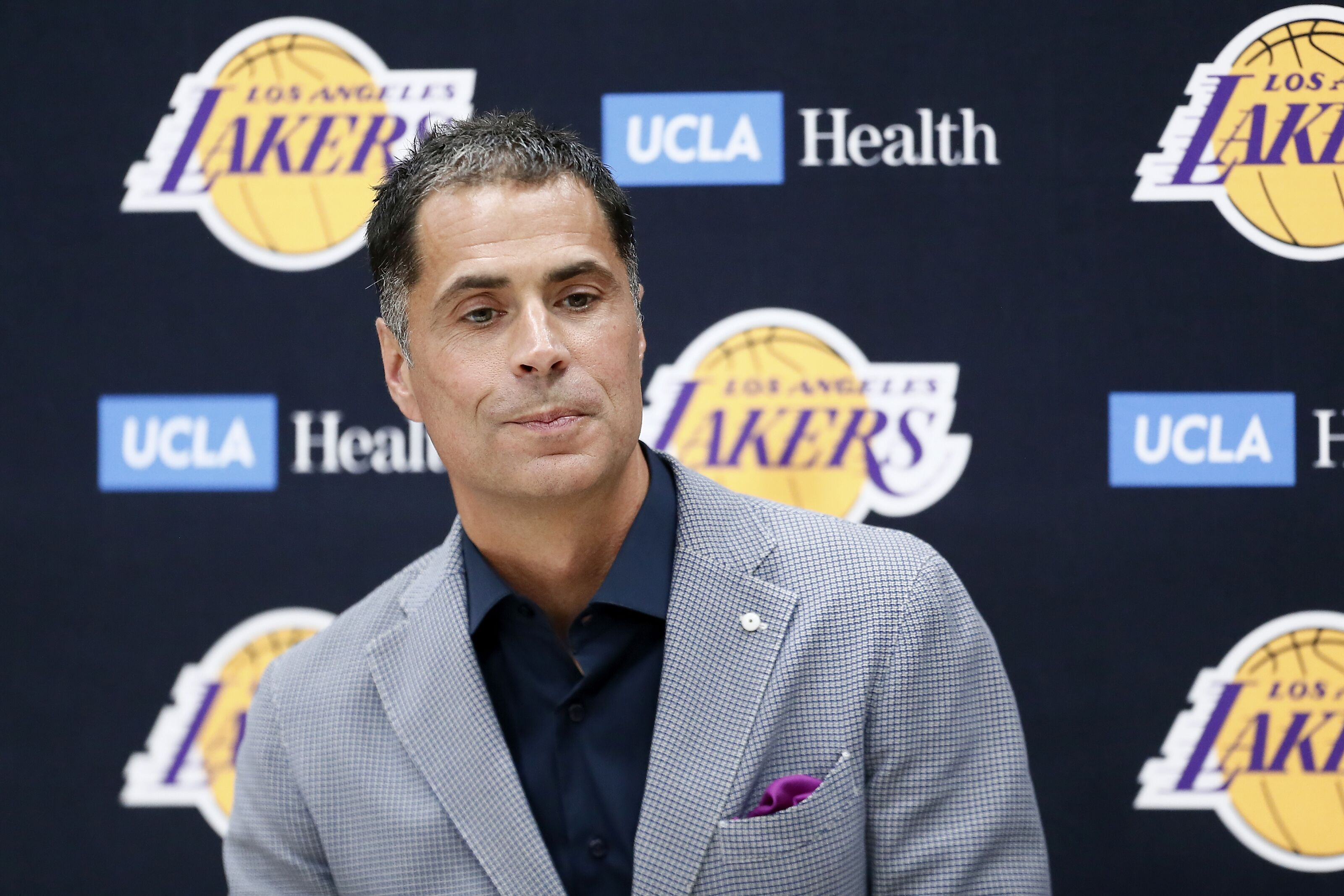 Los Angeles Lakers: Rob Pelinka believes team will have good chemistry
