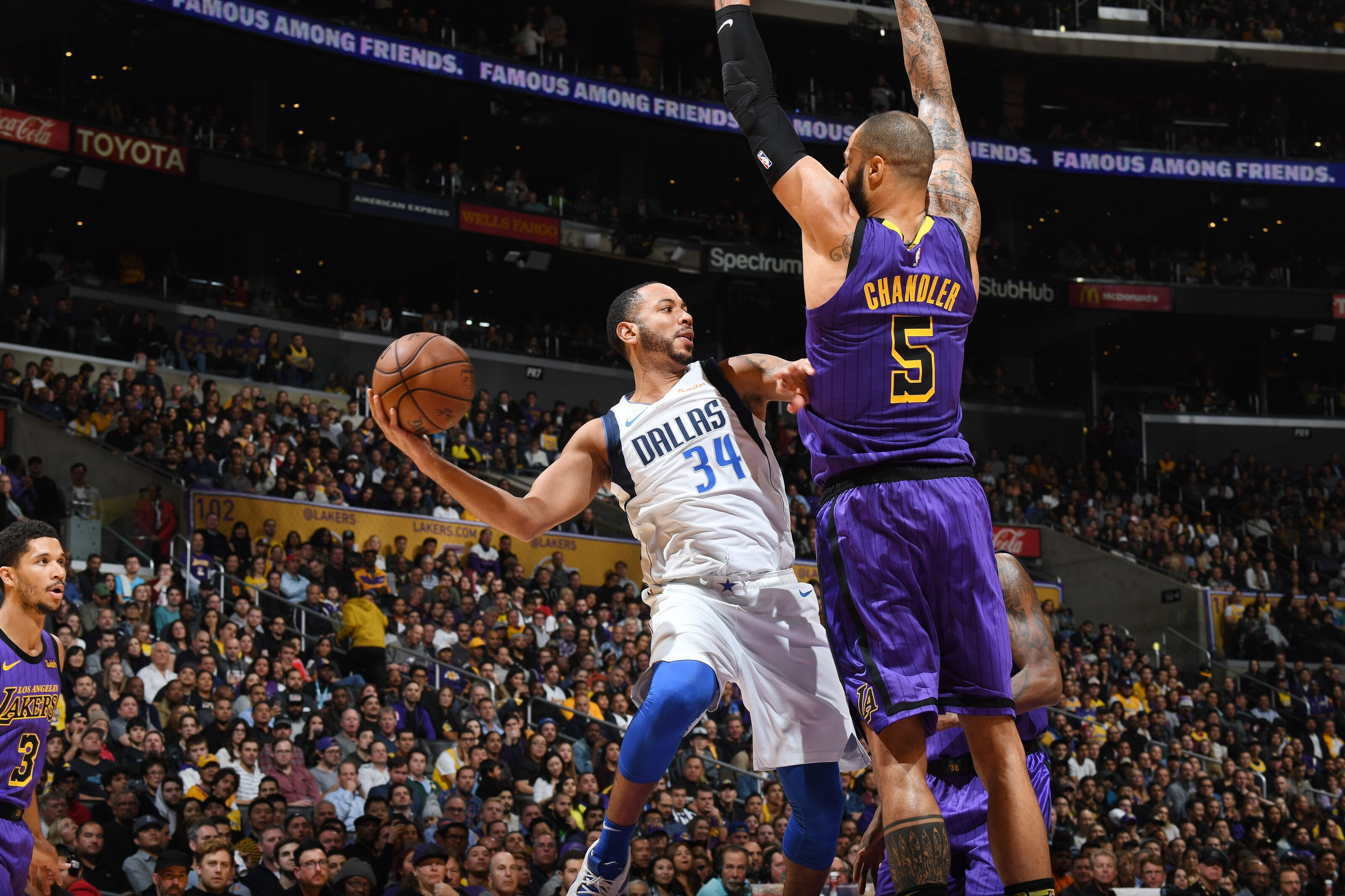 eedd8383fb7 Los Angeles Lakers vs Dallas Mavericks  Game 41 preview