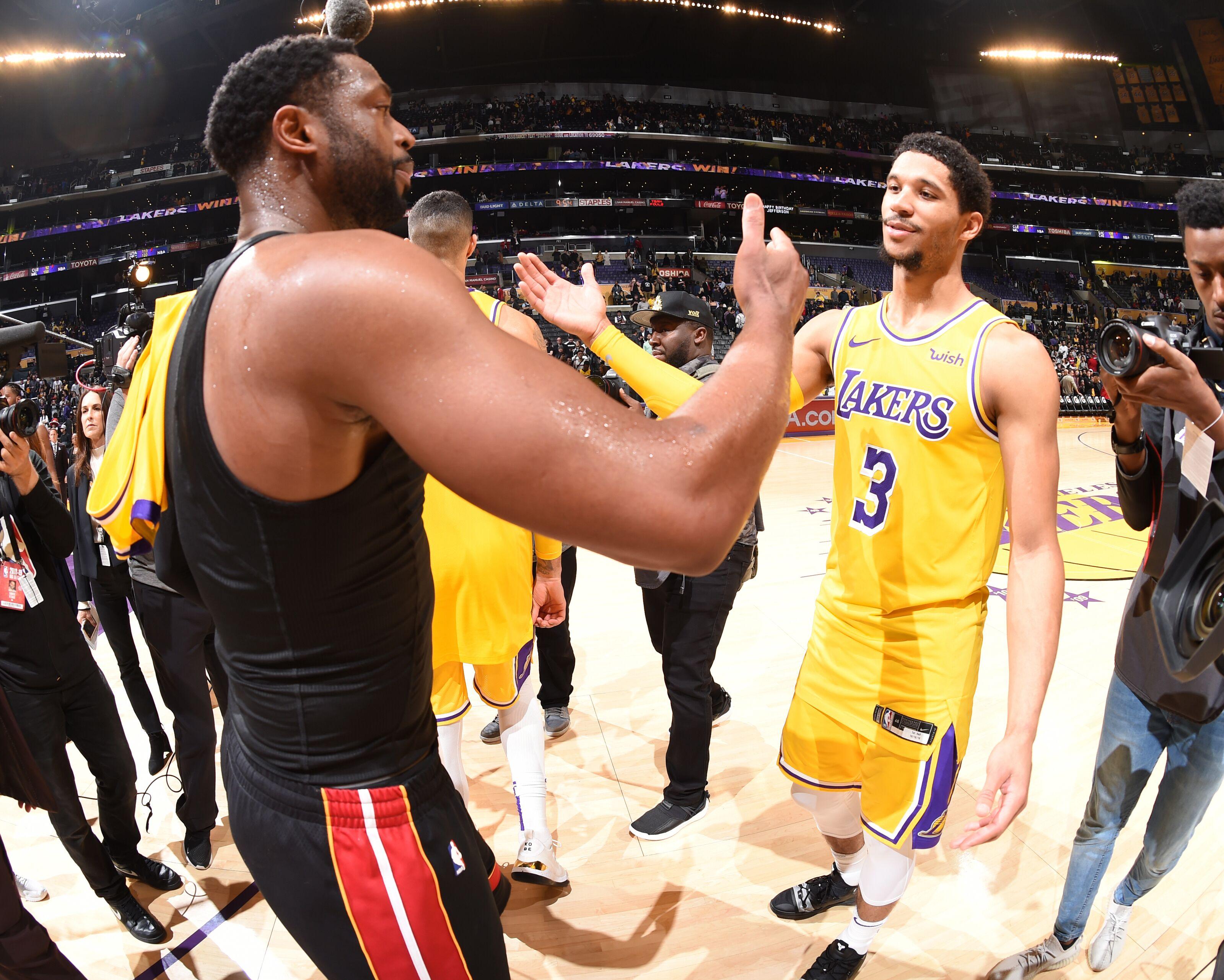 3d252c58c34a Los Angeles Lakers  Dwyane Wade praises LeBron James