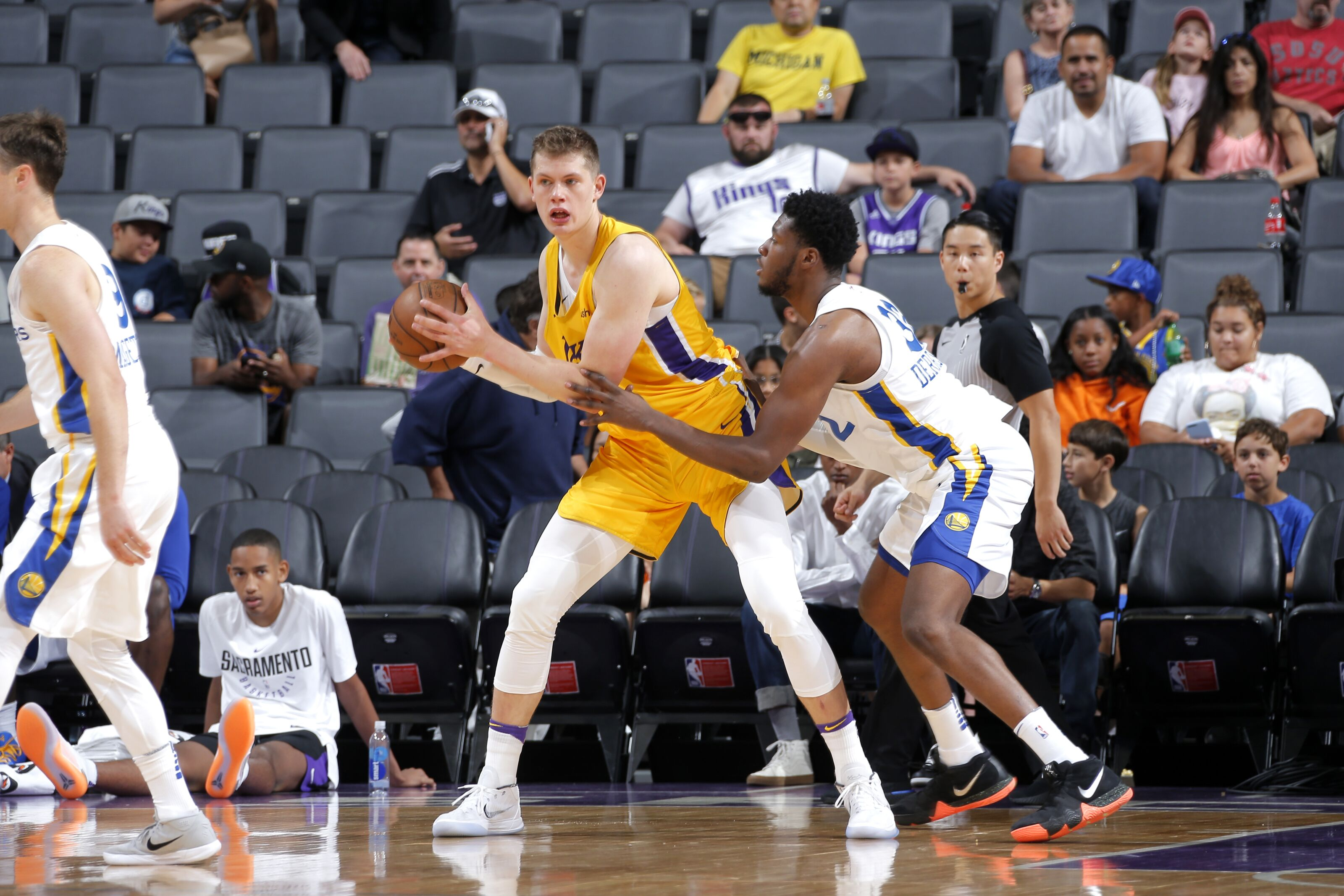 c195fd3fe55e Los Angeles Lakers rookies currently have undefined roles