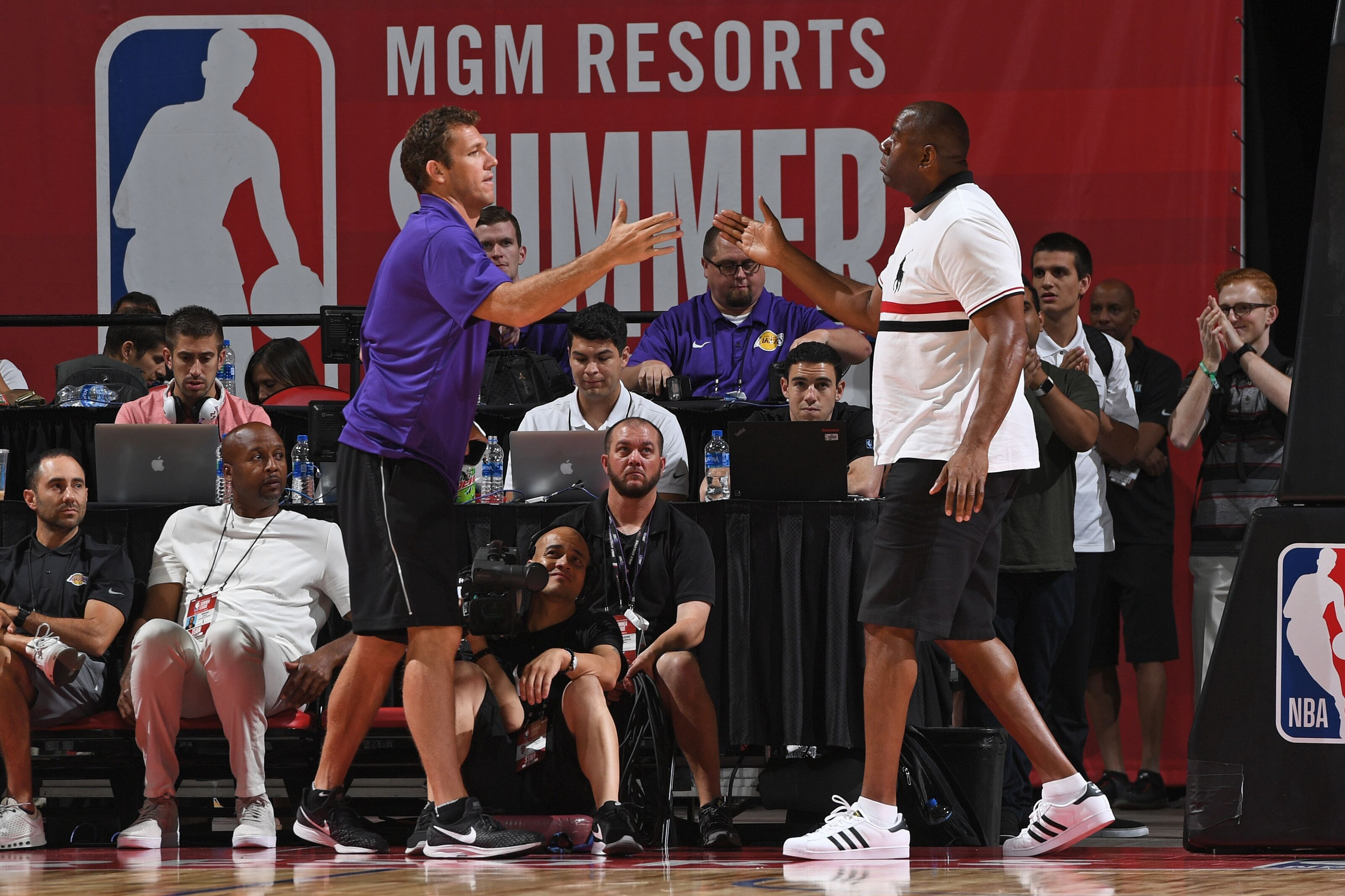 Lakers Rumors: No immediate plans to fill open roster spot