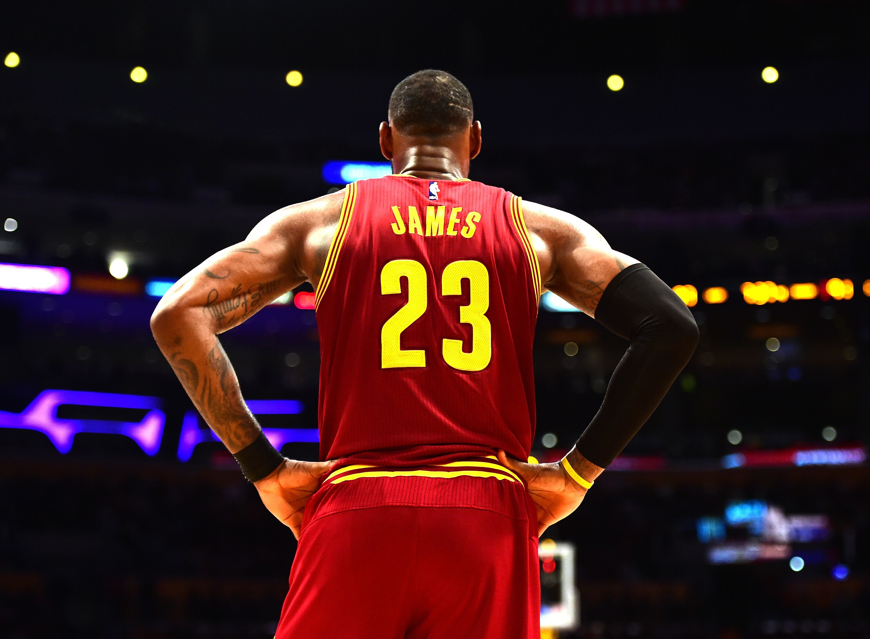 655405244-cleveland-cavaliers-v-los-angeles-lakers.jpg