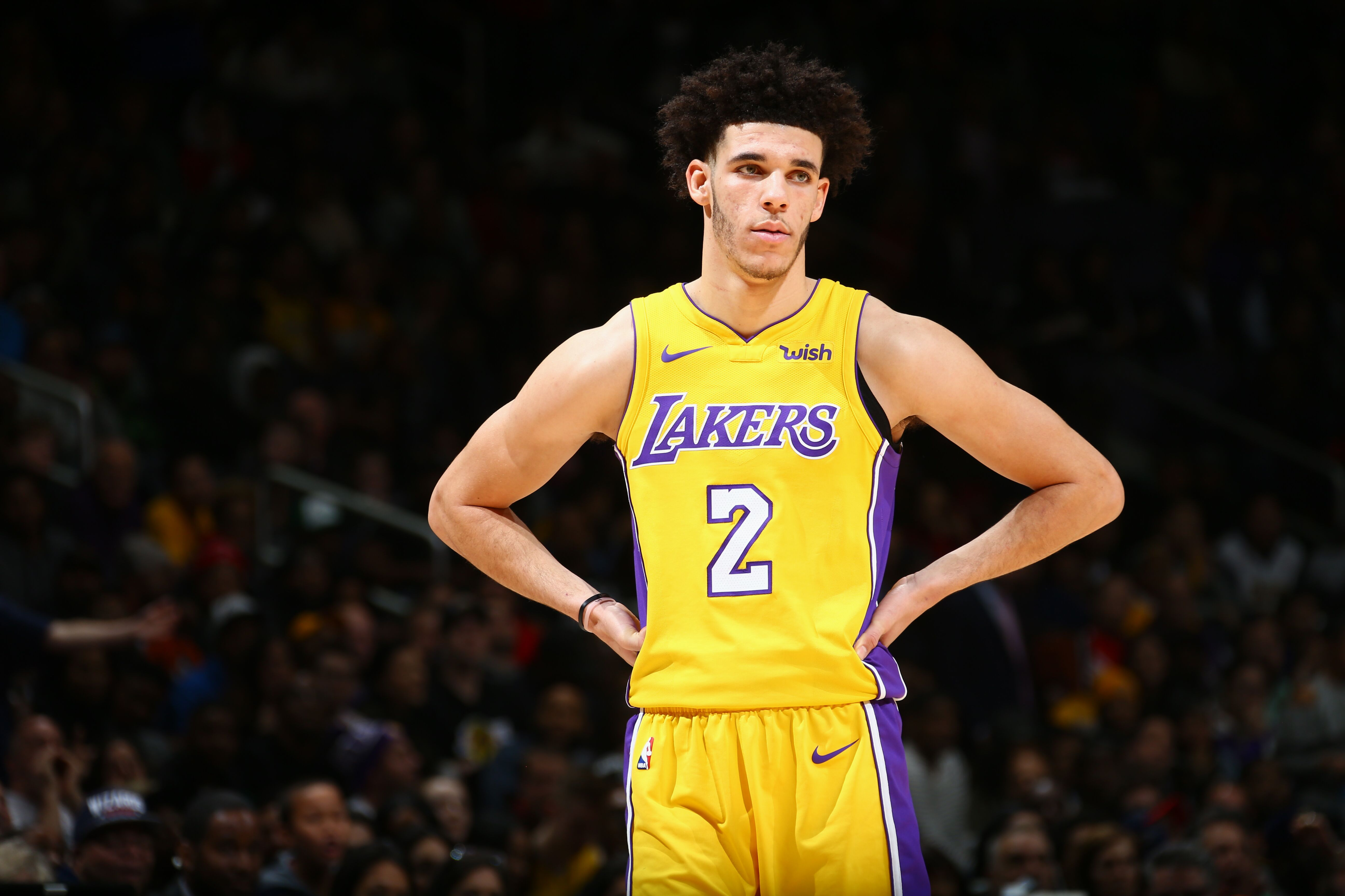 Los Angeles Lakers The Curious Case Of Lonzo Ball Being