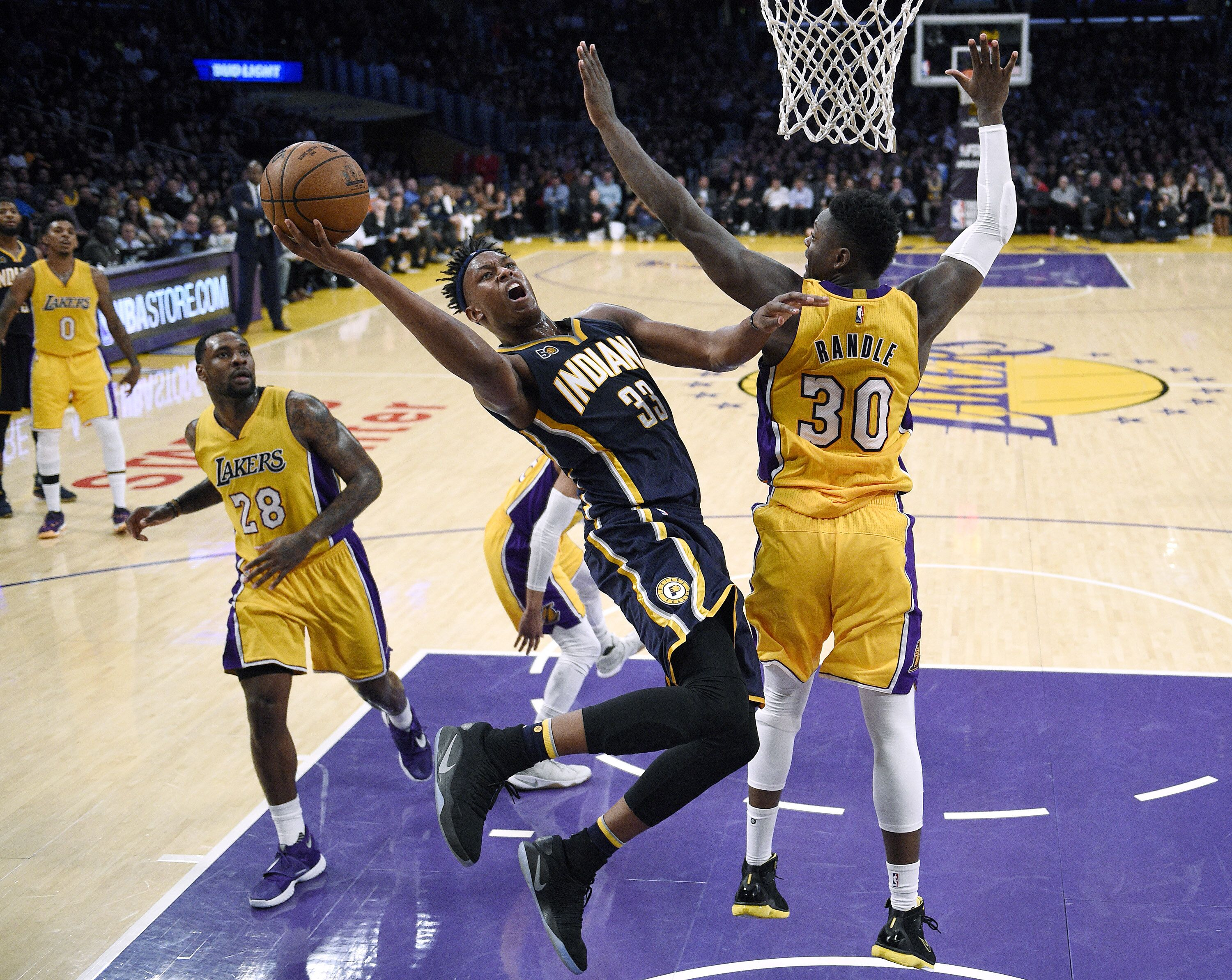 632261476-indiana-pacers-v-los-angeles-lakers.jpg