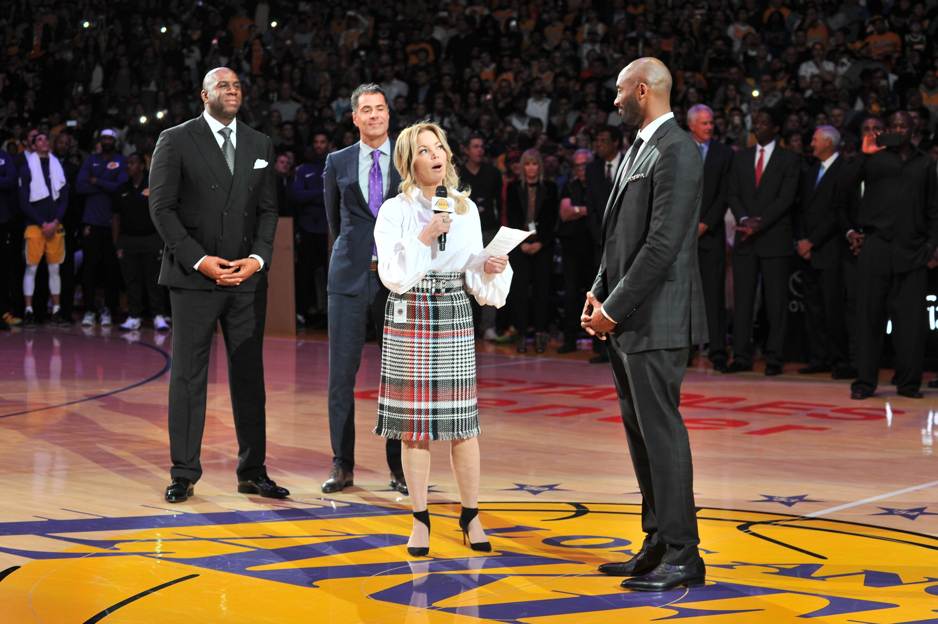 053d62a40b3 Los Angeles Lakers  Jeanie Buss hints at when Kobe Bryant statue