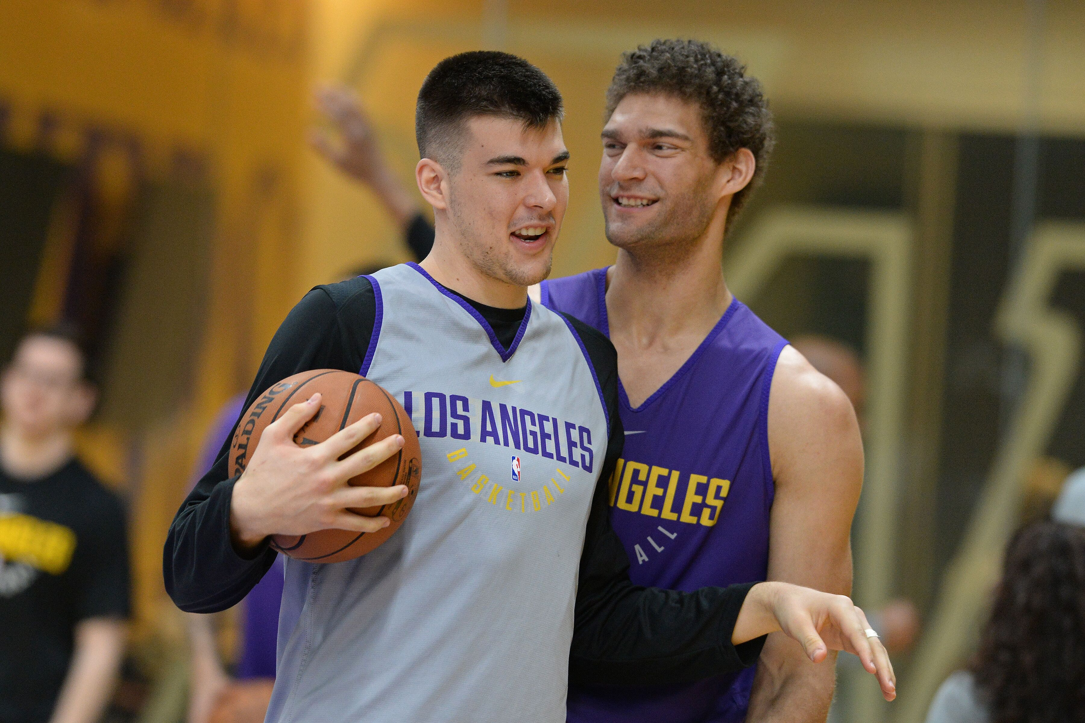 917842538-los-angeles-lakers-all-access-practice.jpg