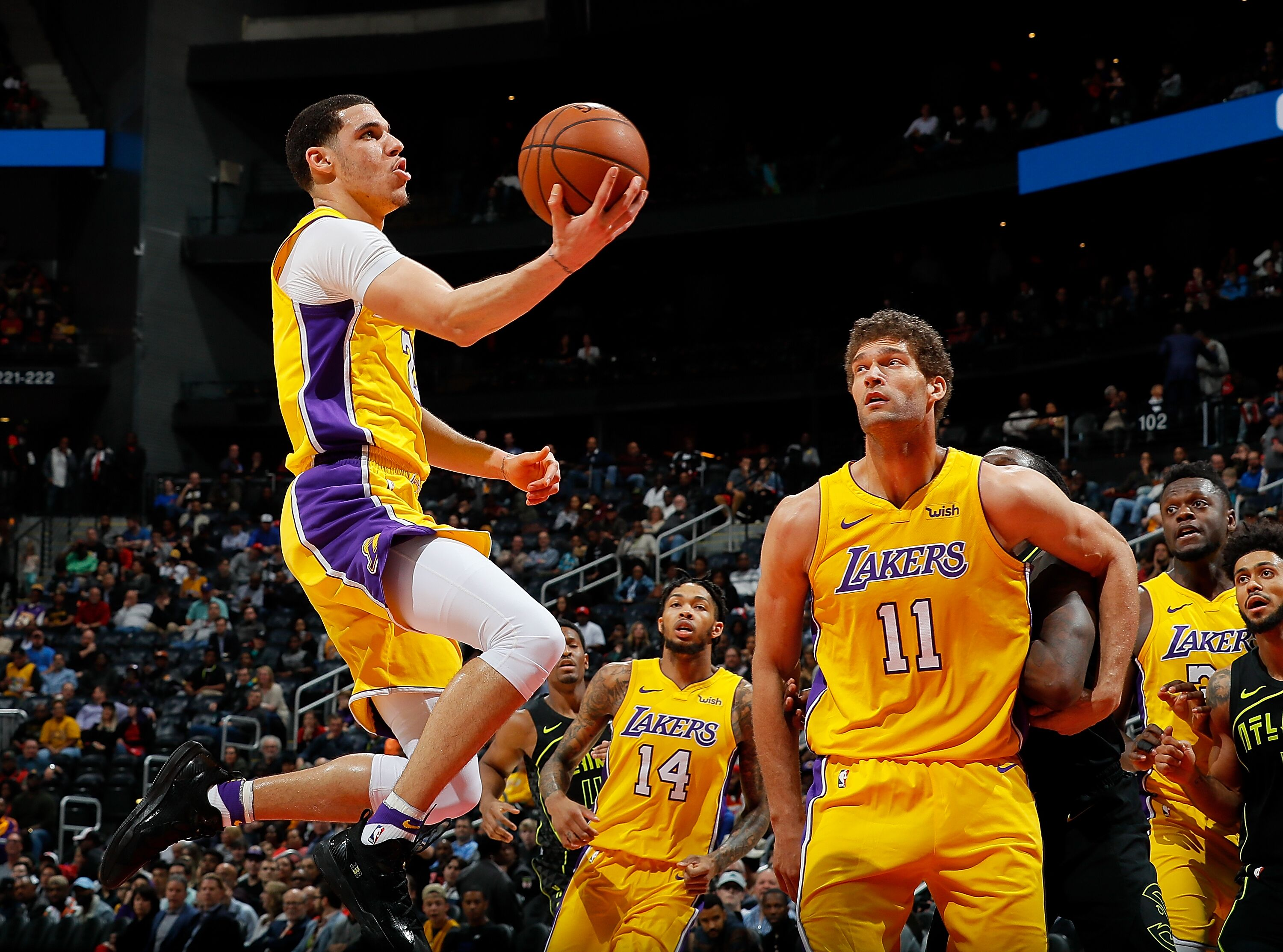 Los Angeles Lakers Lonzo Ball picking up right where he left