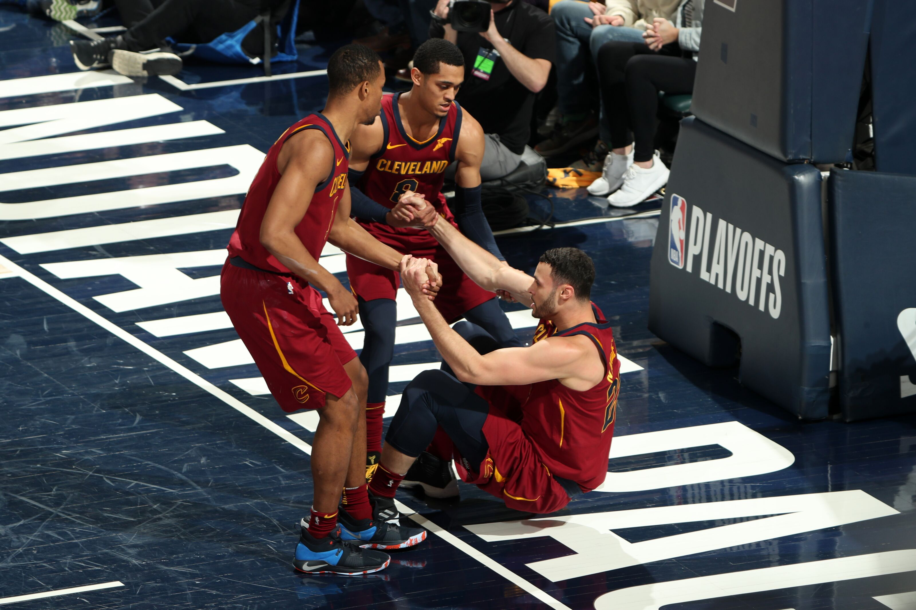 950125004-cleveland-cavaliers-v-indiana-pacers-game-four.jpg