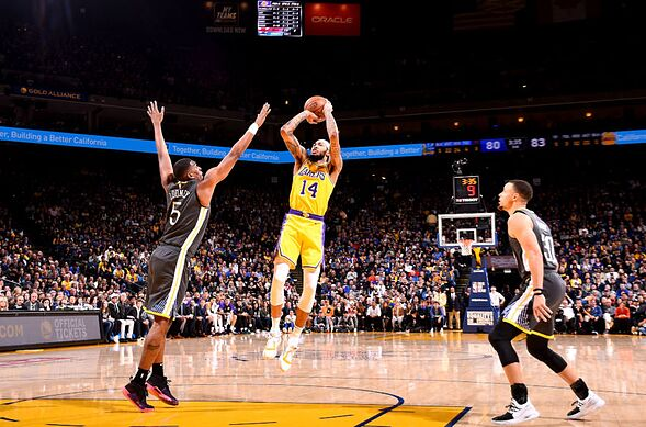 a00ea53fa69 Los Angeles Lakers lose to the champs when LeBron James backs out ...