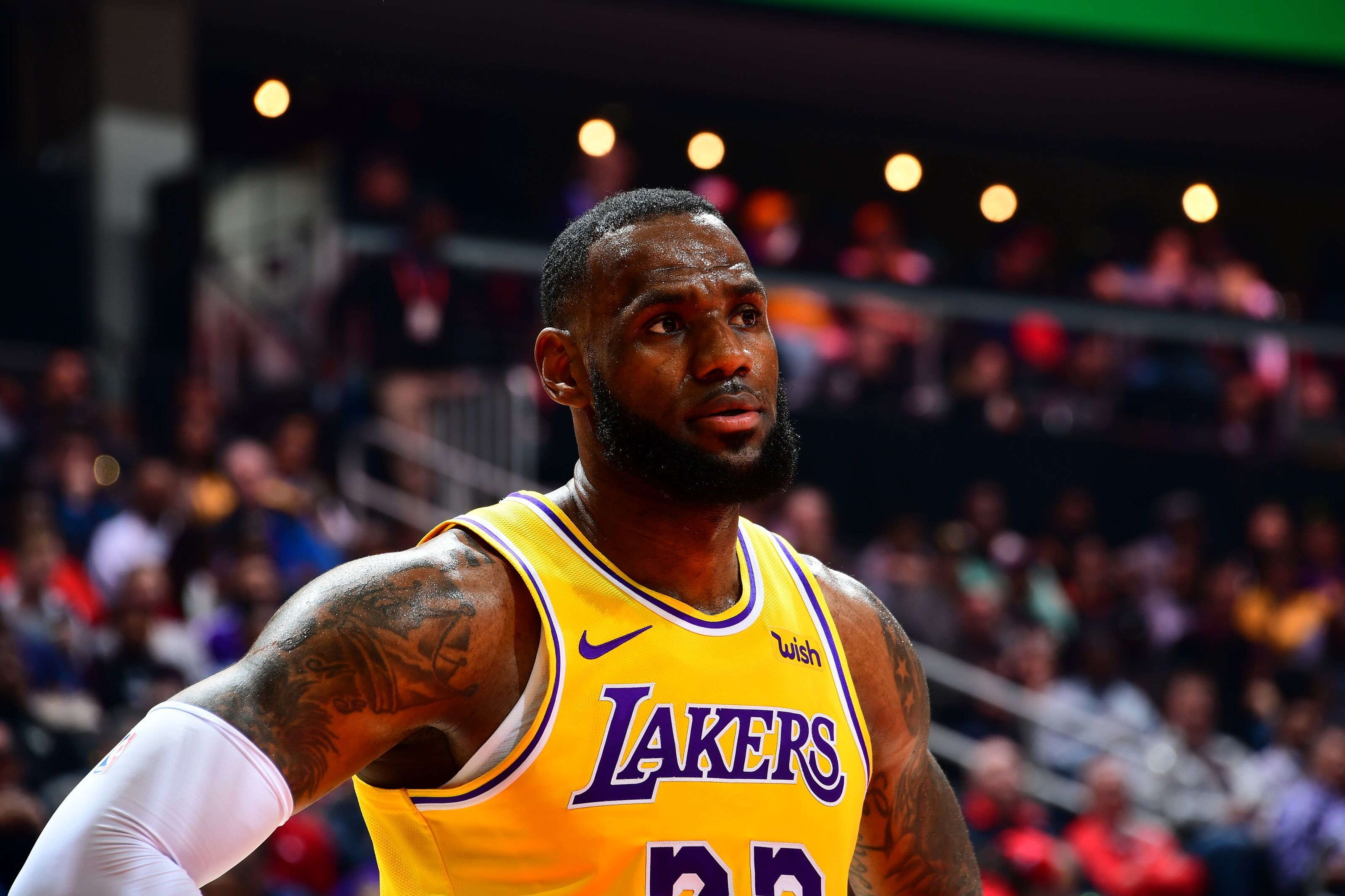 d524c49524d8 Lakers Rumors  Team is apparently worried about LeBron James