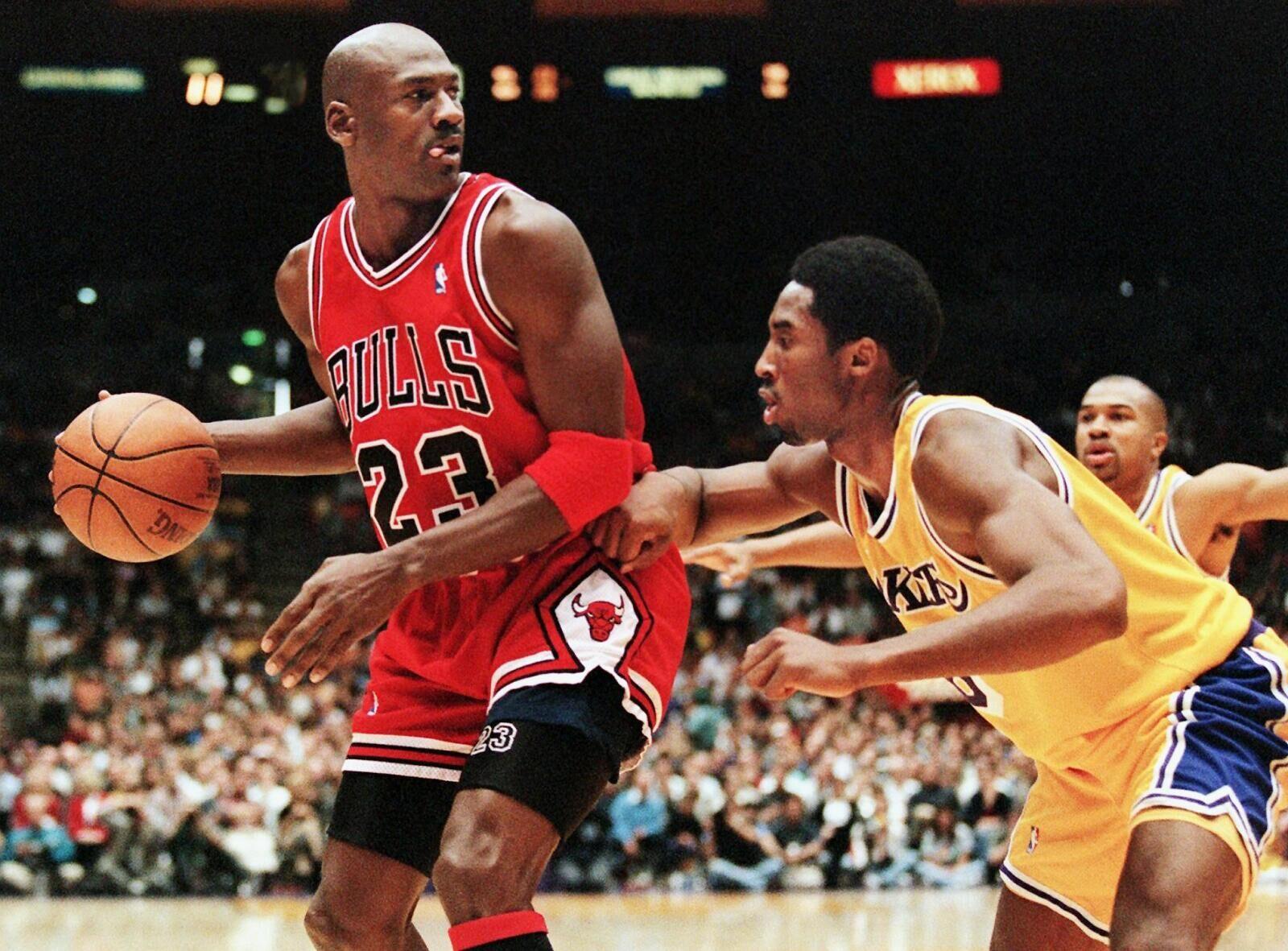 brand new fe073 cf76c Los Angeles Lakers  Dwight Howard has Kobe Bryant ahead of MJ
