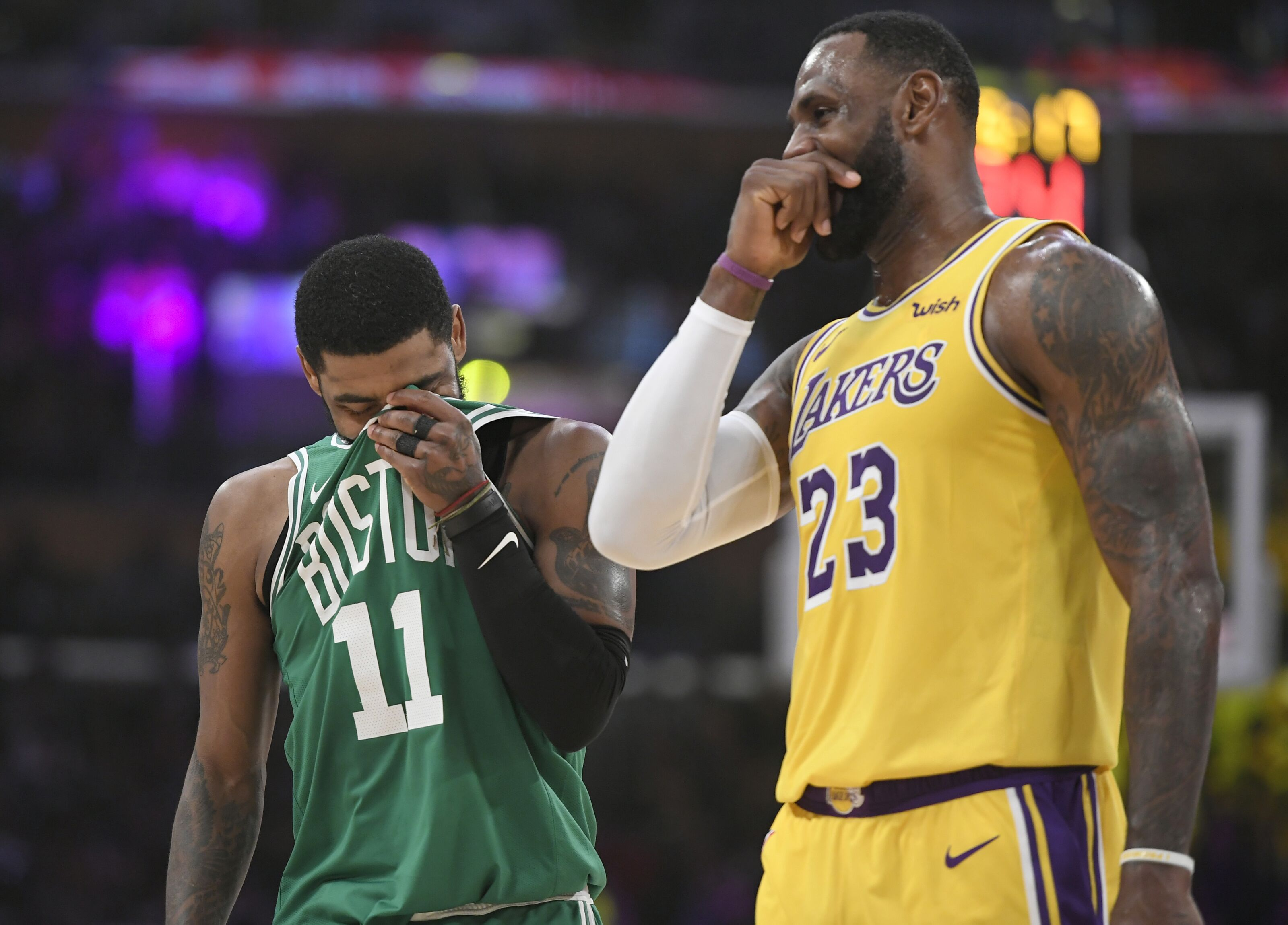 Los Angeles Lakers: What Kyrie Irving's willingness to meet means