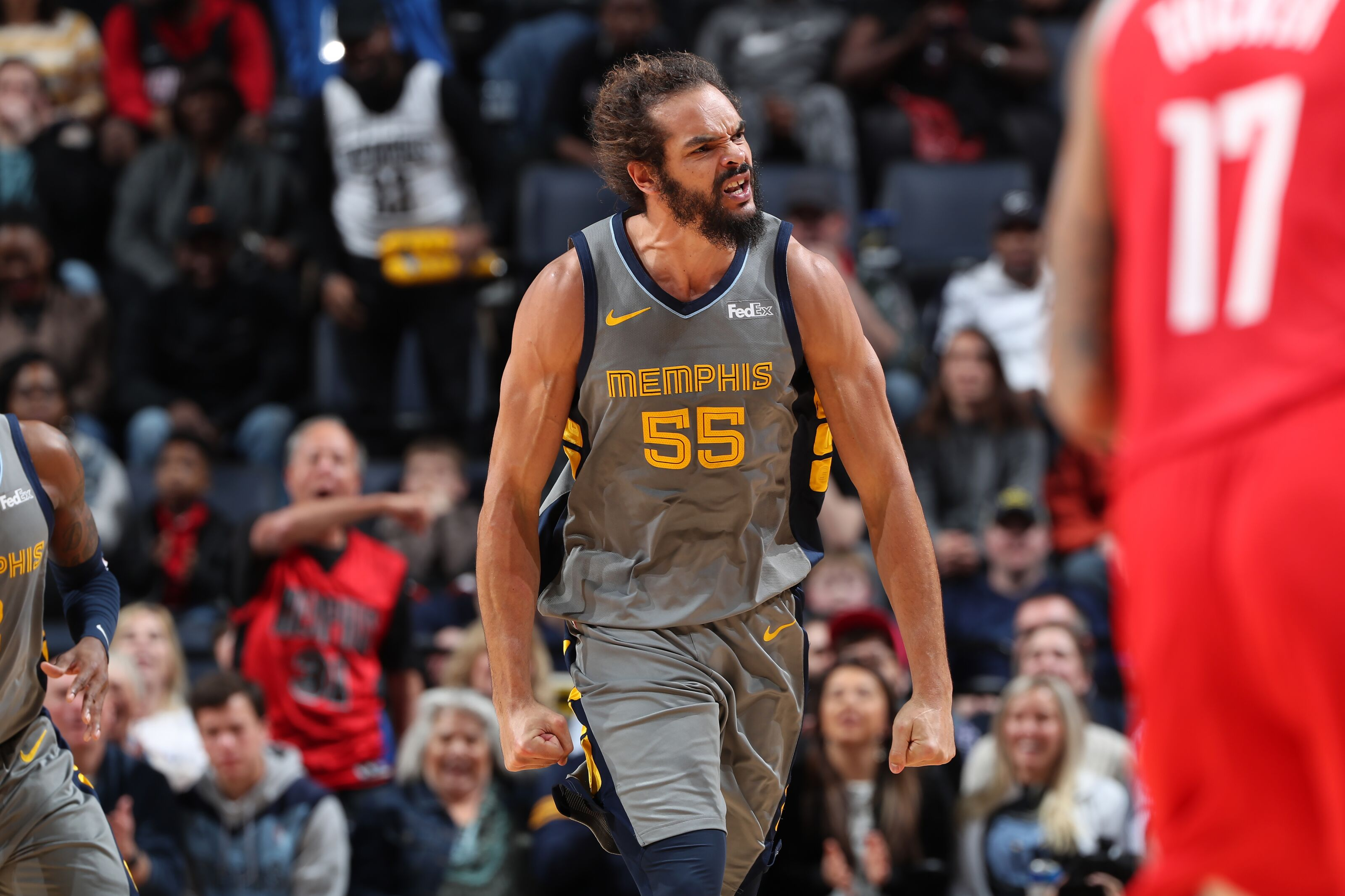 Los Angeles Lakers must sign Joakim Noah to replace DeMarcus Cousins