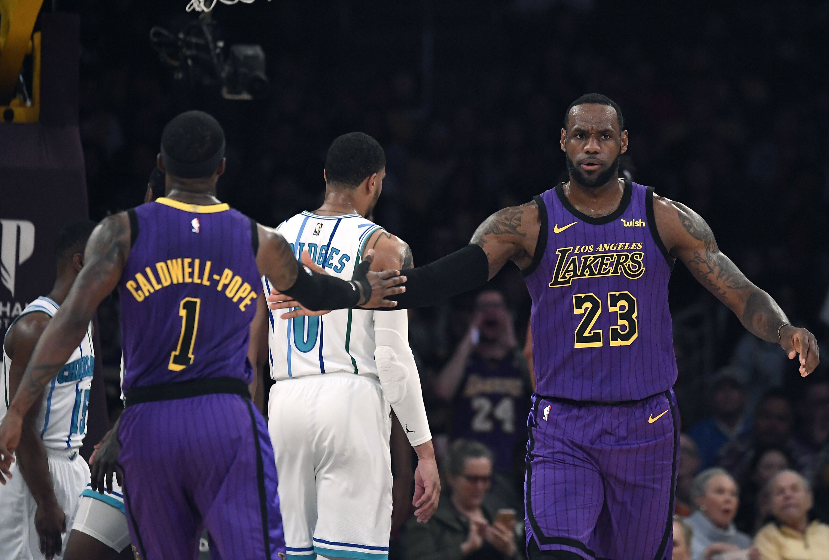 Los Angeles Lakers projected to make big jump in 2019-20