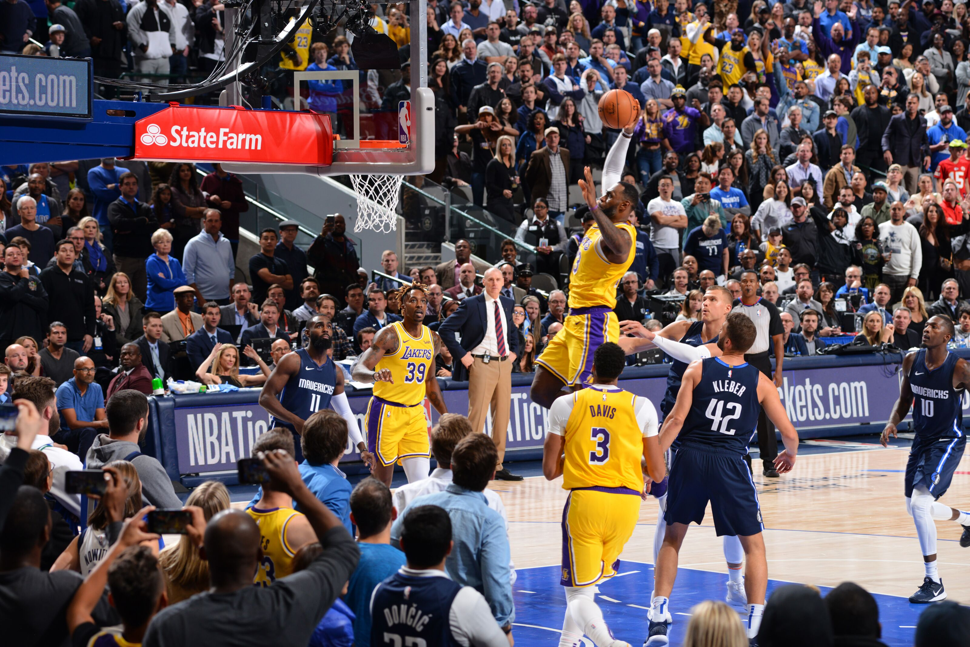 Los Angeles Lakers Lessons From Overtime Win Vs Dallas
