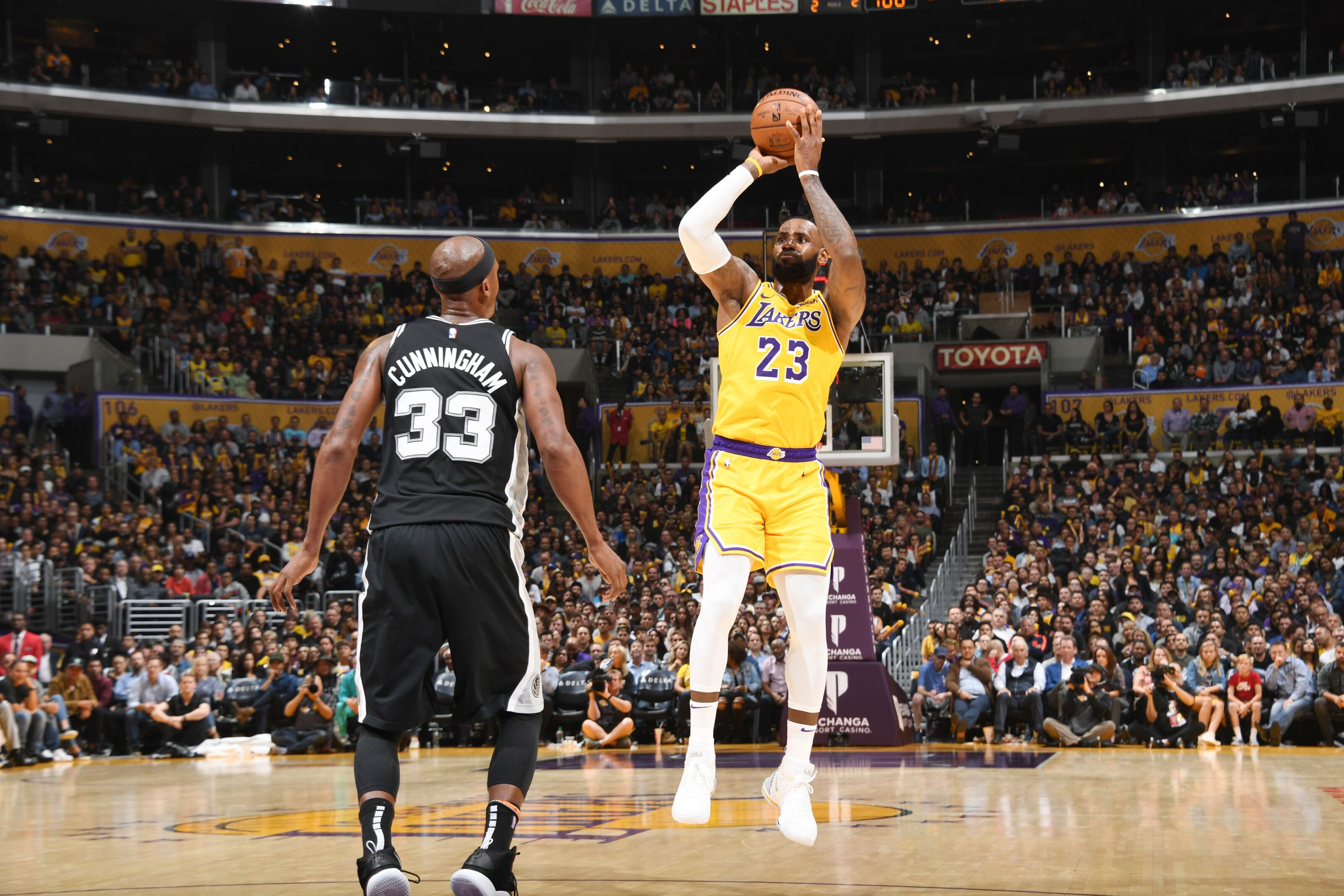 8bff5d7ecbb Los Angeles Lakers  5 Takeaways from overtime loss to Spurs