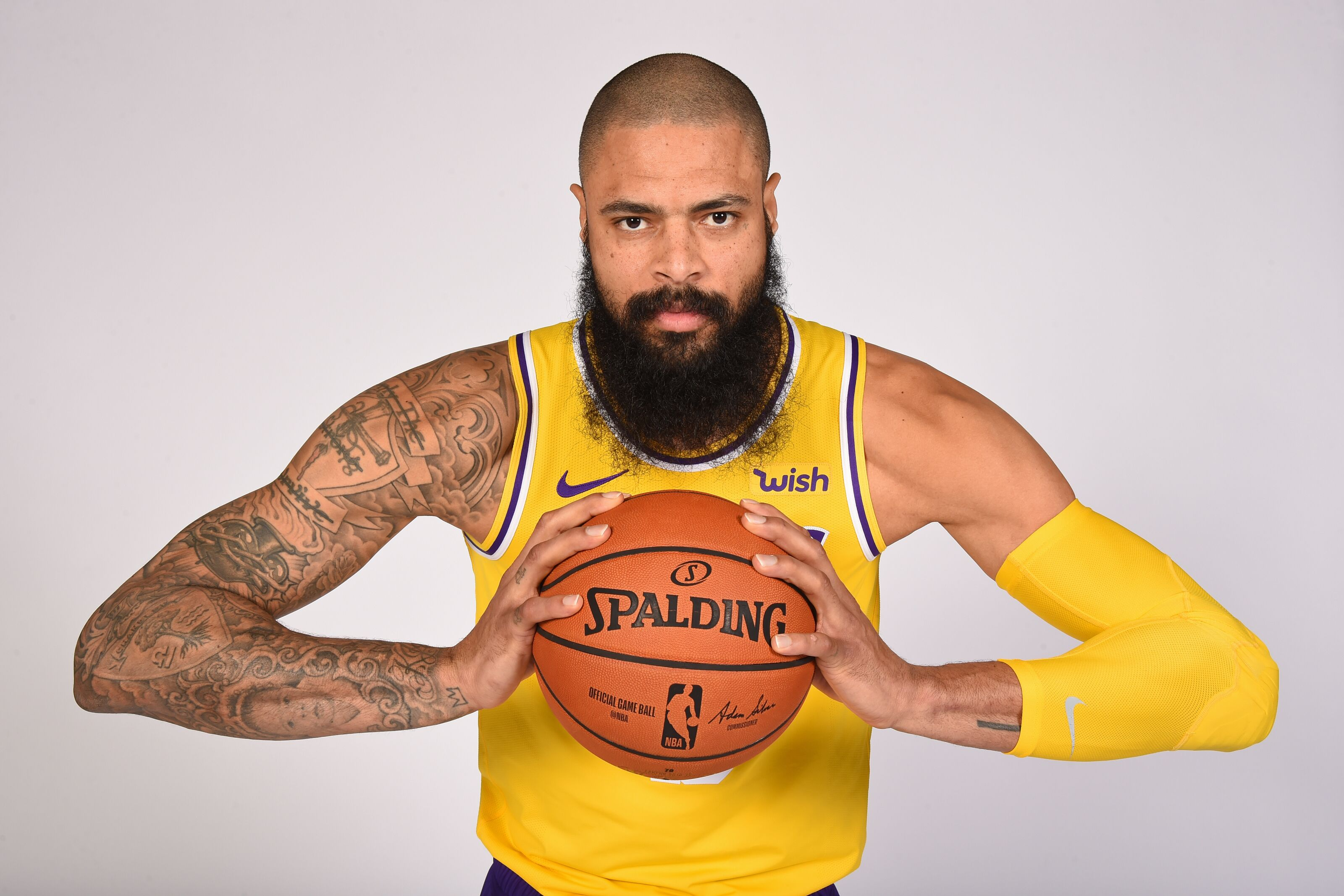 5d84f5dce4d Los Angeles Lakers: Tyson Chandler signing shows lack of trust in Zubac