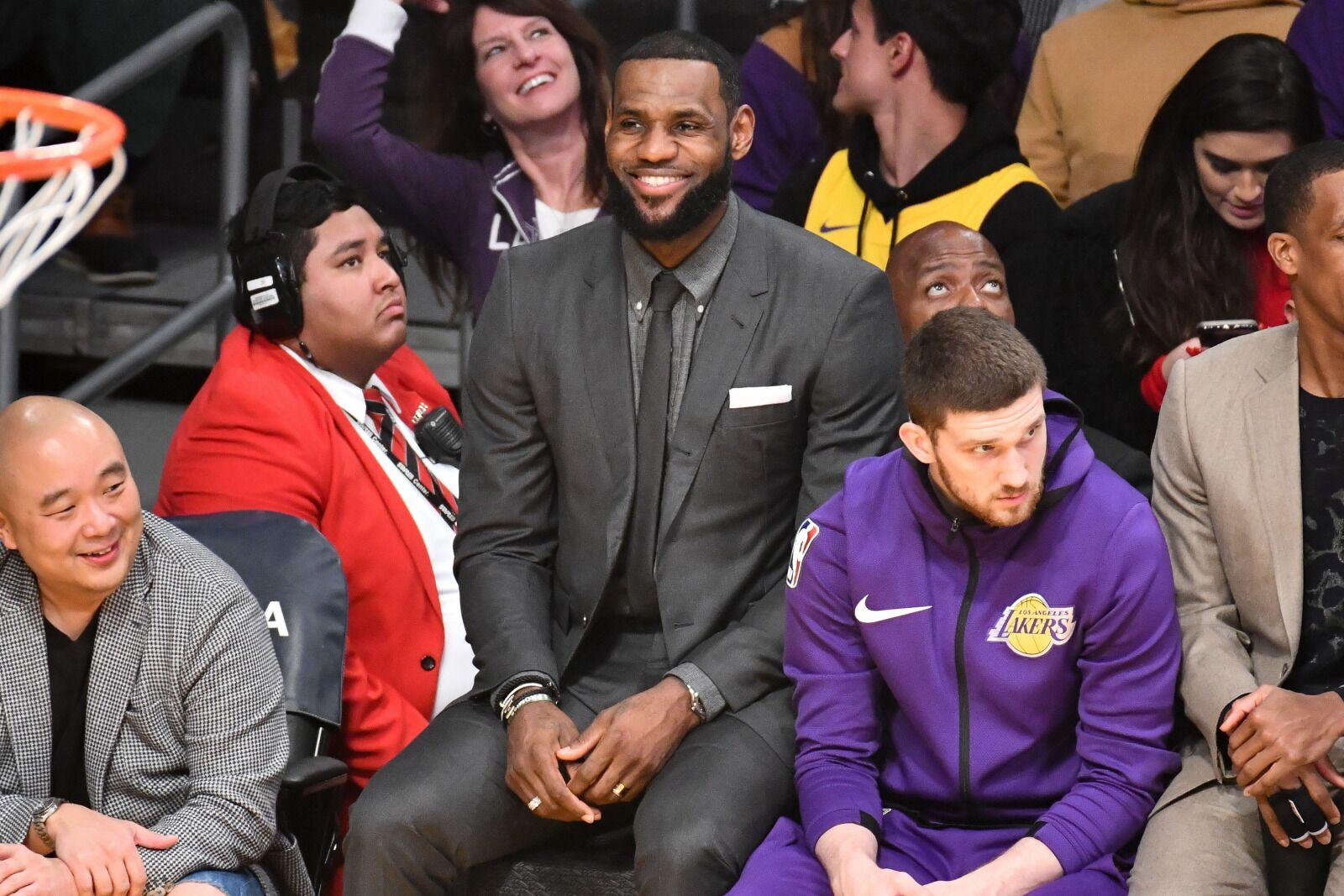 52847f6ebd4 LeBron James not available for Los Angeles Lakers road trip