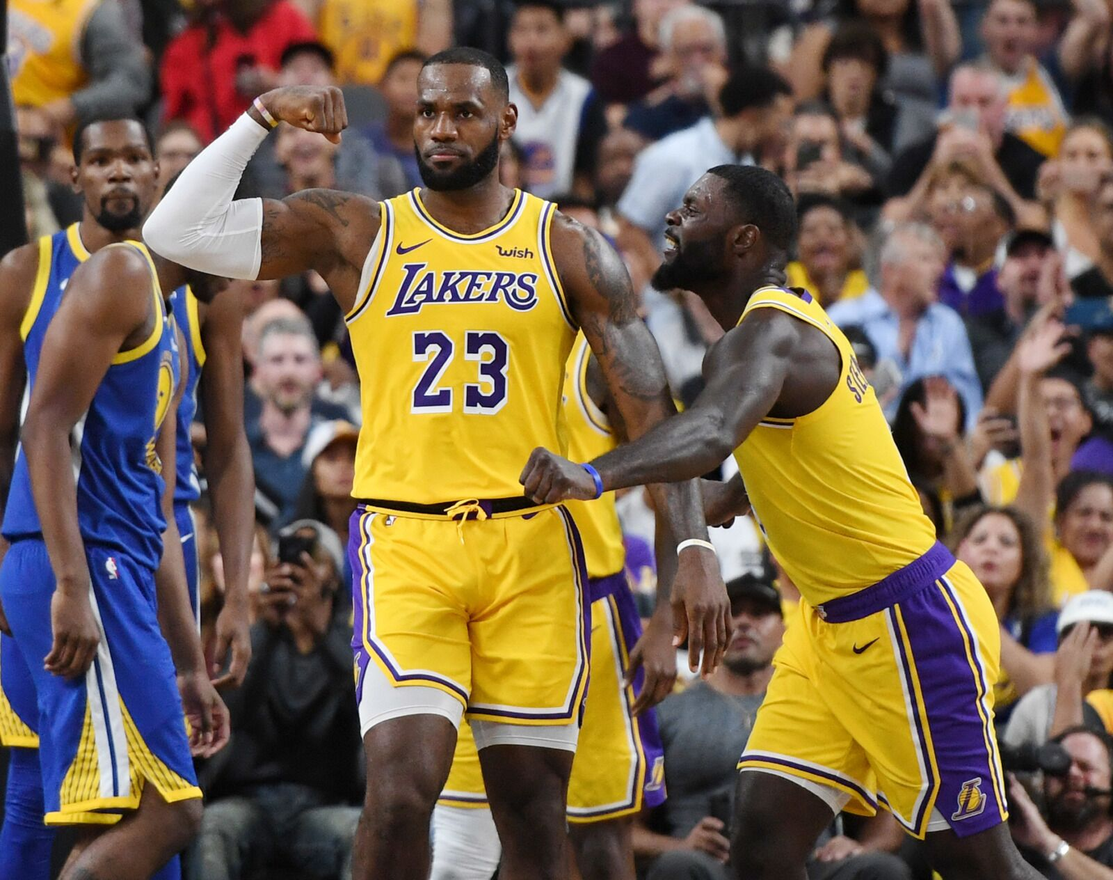 Los Angeles Lakers: Five keys for Christmas match up in ...