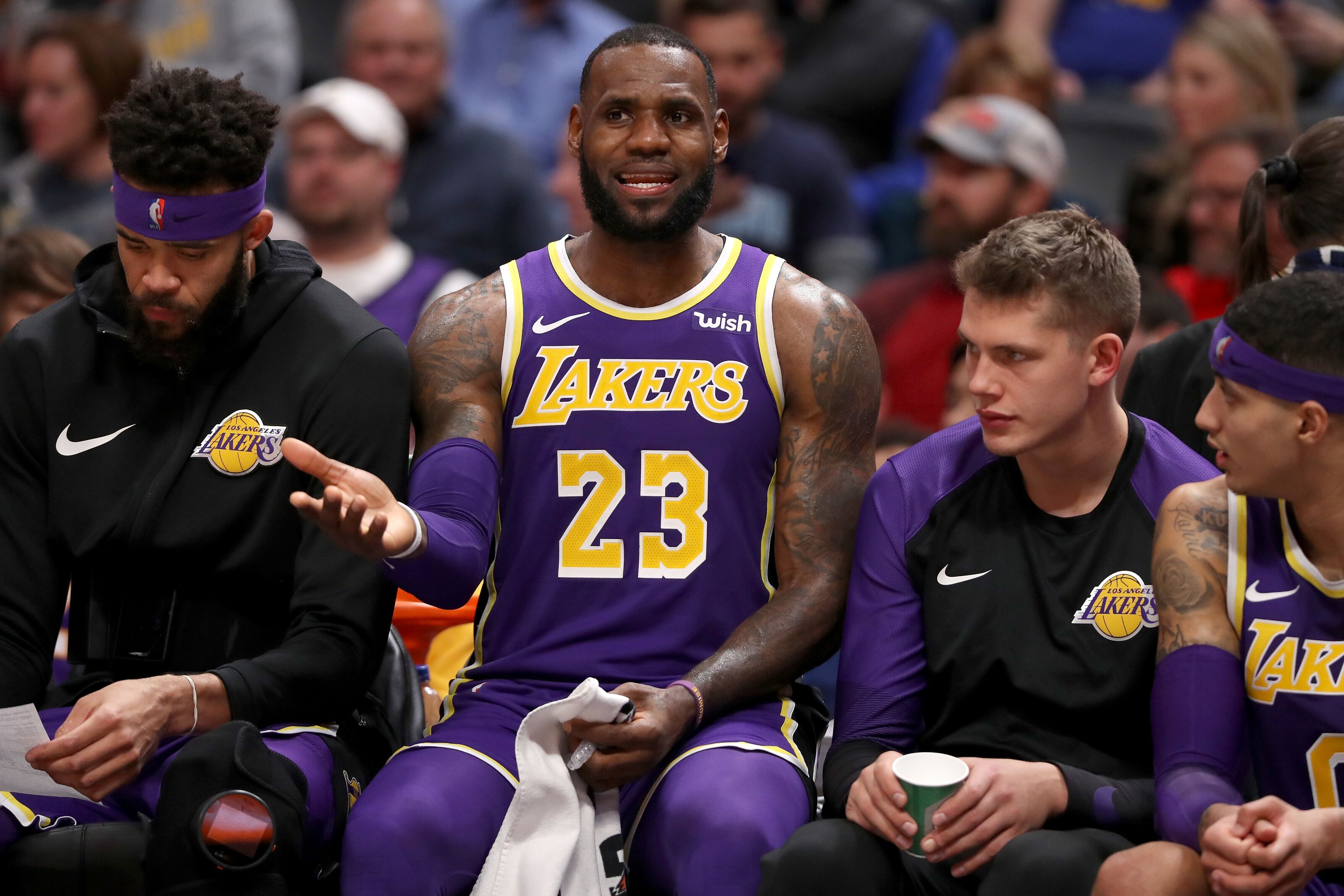Los Angeles Lakers: Wanting LeBron James out of LA is laughable
