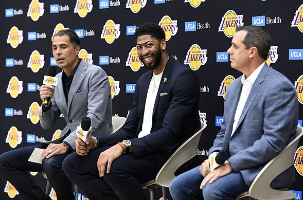 Los Angeles Lakers: Three bold predictions for Anthony Davis in 2019