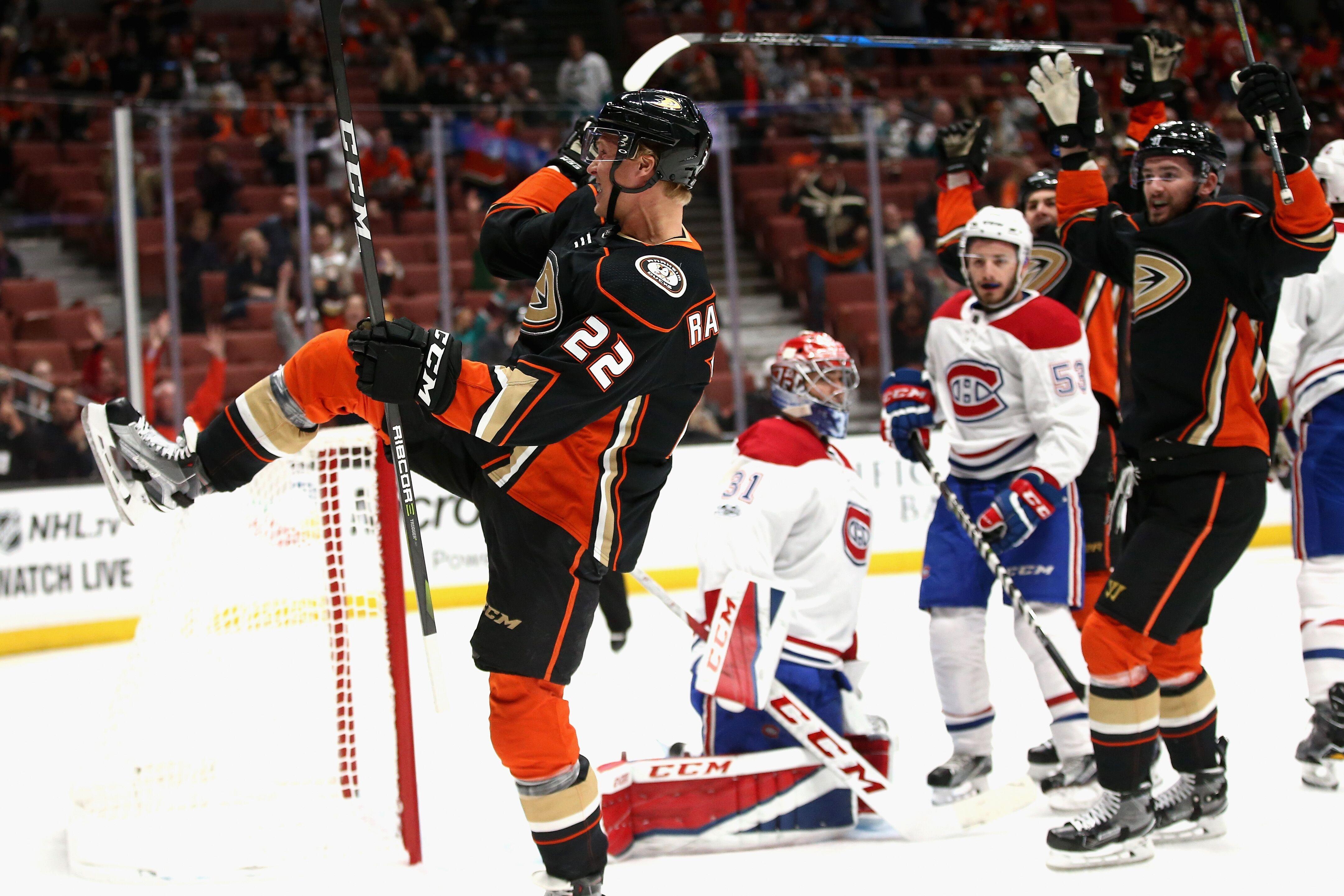 346d6b62471 Anaheim Ducks get quick start, blow by Canadiens 6-2